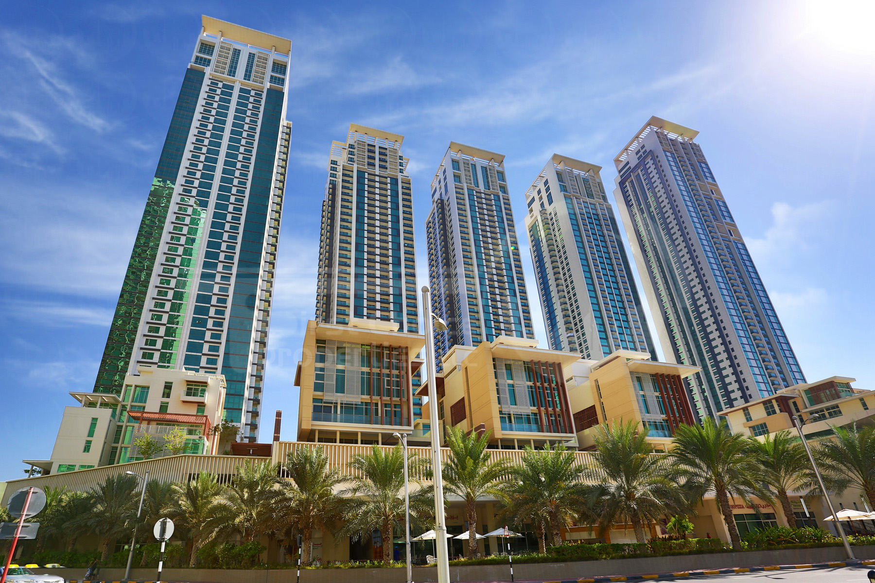 Studio - 1BR - 2BR - 3BR - 4BR Apartment - Abu Dhabi - UAE - Al Reem Island - Marina Square - Outside View (52).JPG