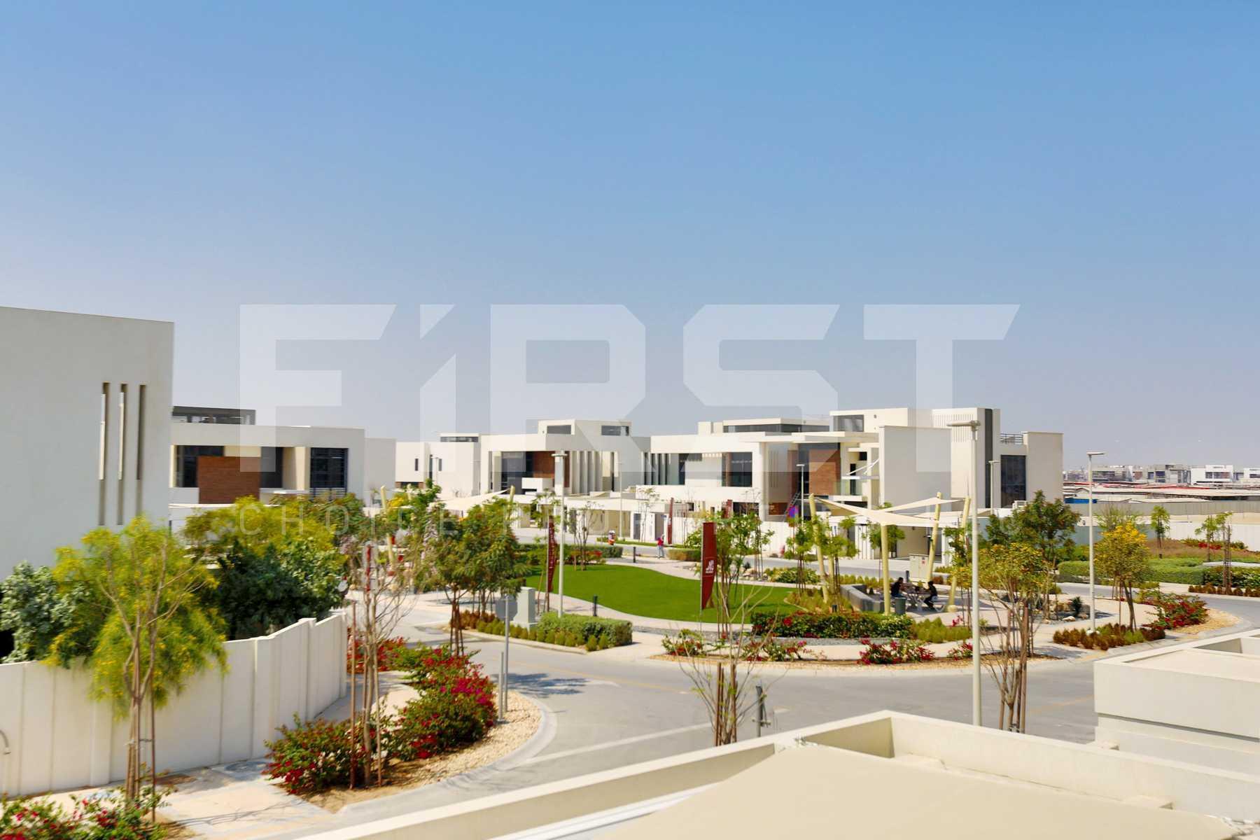 External Photo of 5 Bedroom Villa in West Yas Yas Island Abu Dhabi UAE(6).jpg