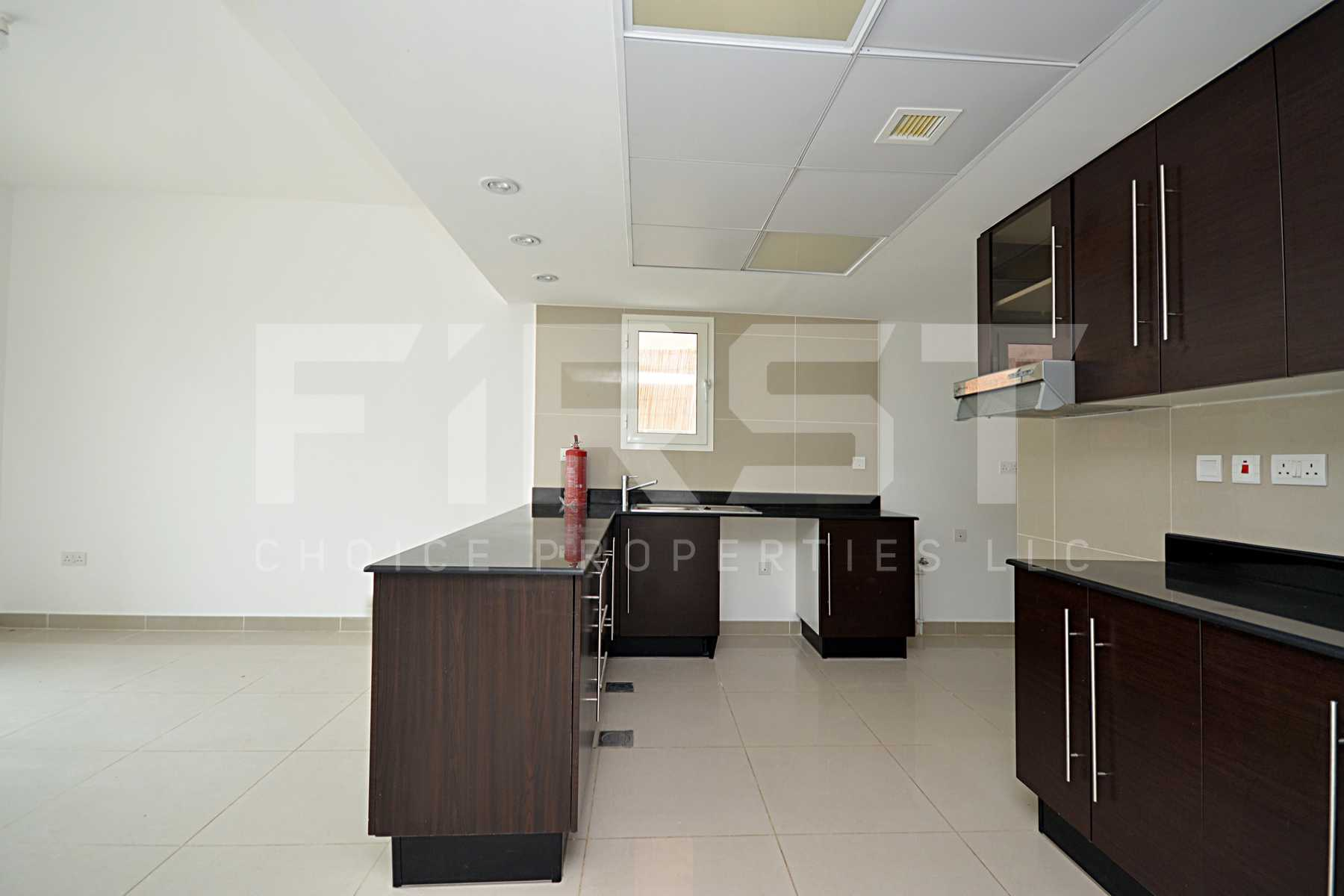 4 Bedroom Villa in Al Reef Villas Al Reef Abu Dhabi UAE 265.5 sq.m 2858 sq.ft (6).jpg