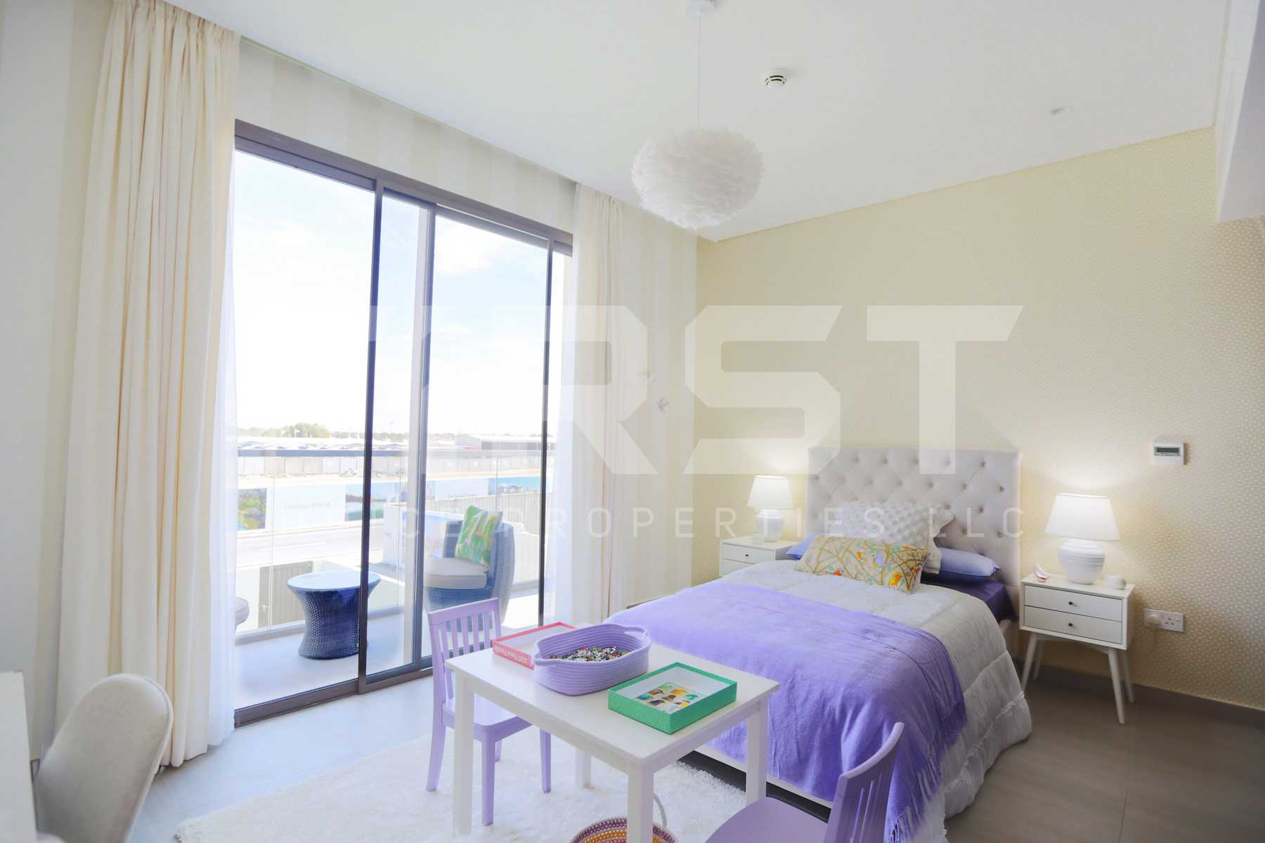 Internal Photo of 3 Bedroom Townhouse Type 3EA in Yas Acres Yas Island Abu Dhabi UAE (13).jpg