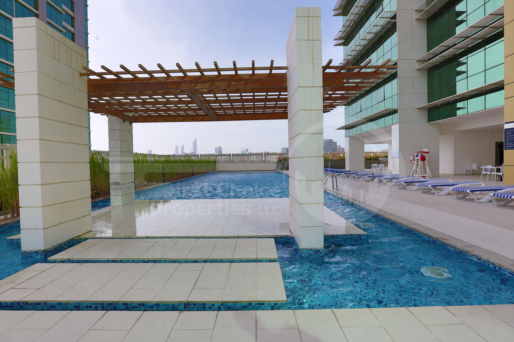 Studio - 1BR - 2BR - 3BR - 4BR Apartment - Abu Dhabi - UAE - Al Reem Island - Tala Tower - Outside View.JPG