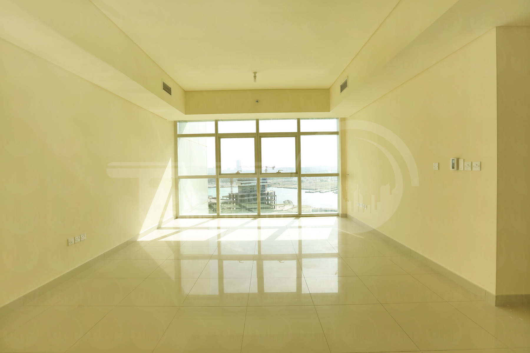 2 Bedroom Apartment - UAE - Abu Dhabi - Al Reem Island - Tala Tower (5).JPG