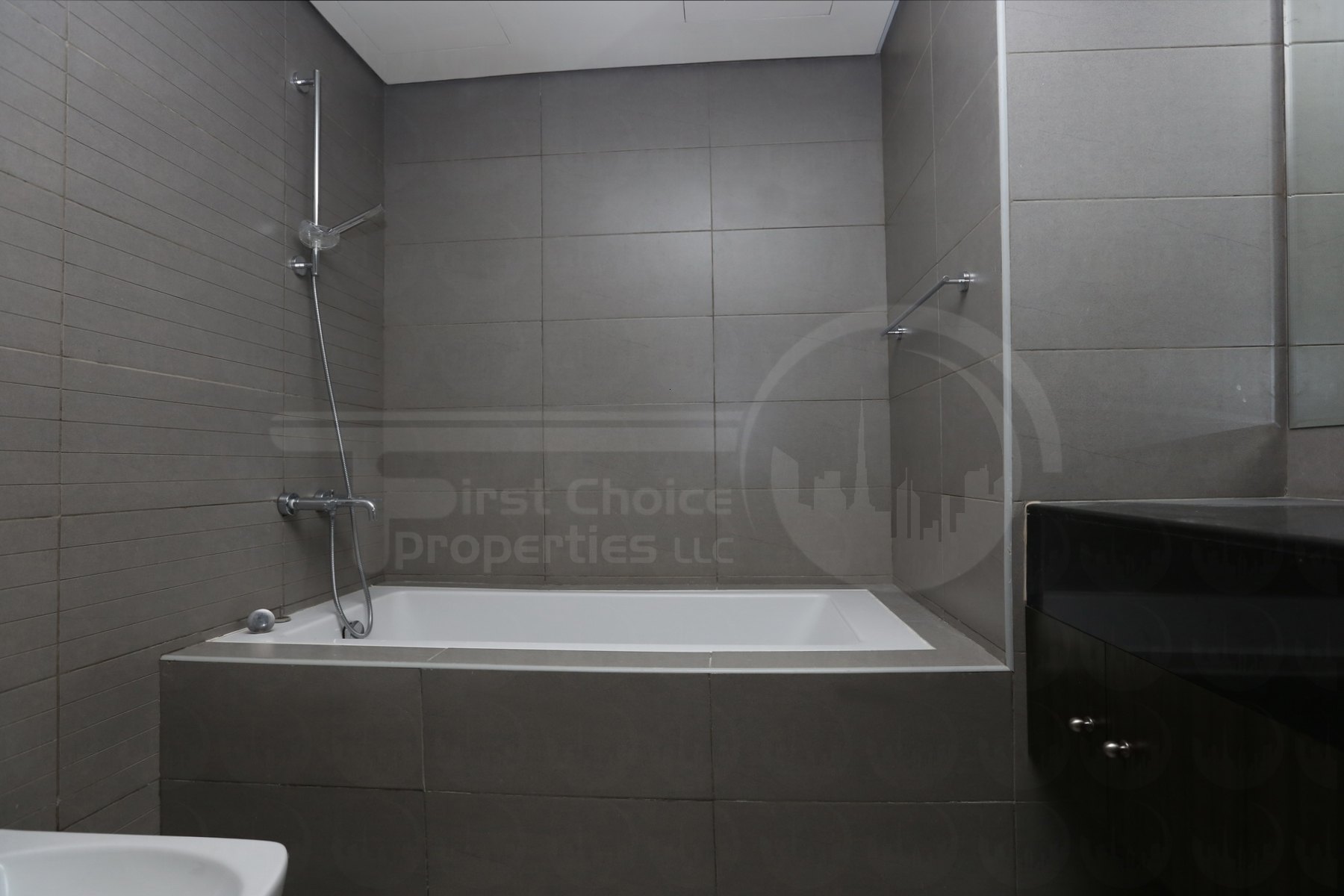 2 Bedroom Apartment - UAE - Abu Dhabi - Al Reem Island - Tala Tower (19).JPG