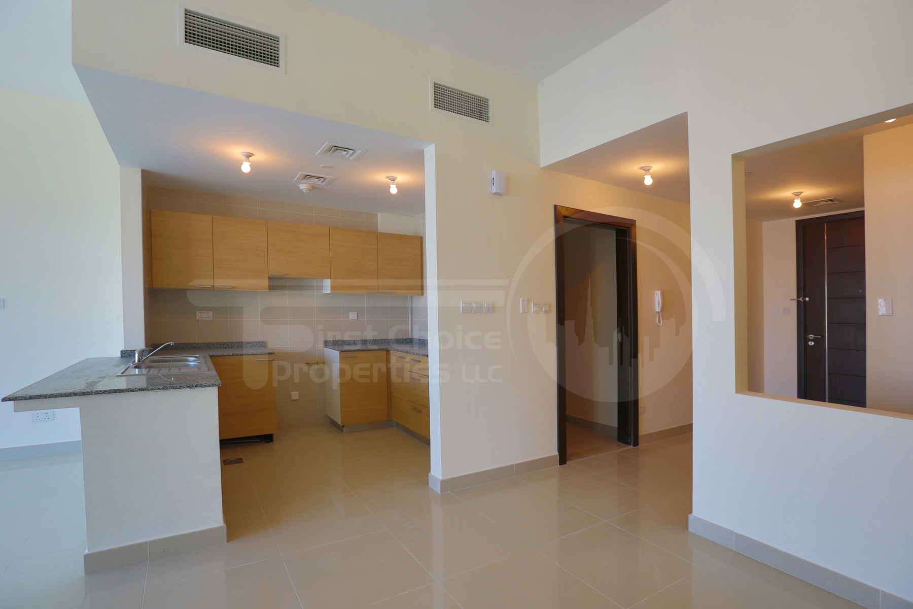 1BR Apartment - Abu Dhabi - UAE - Al Reem Island - City of Lights - C10 Building (5).JPG