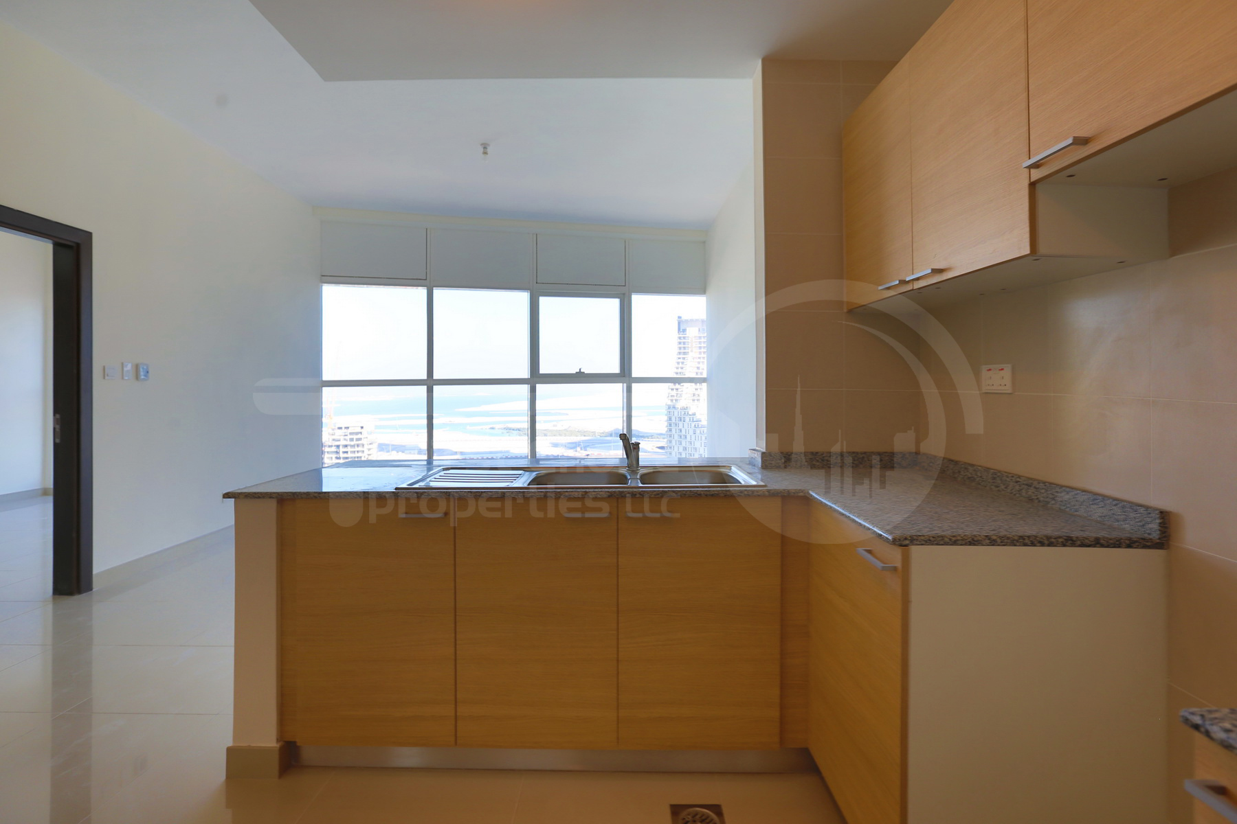 1BR Apartment - Abu Dhabi - UAE - Al Reem Island - City of Lights - C10 Building (8).JPG