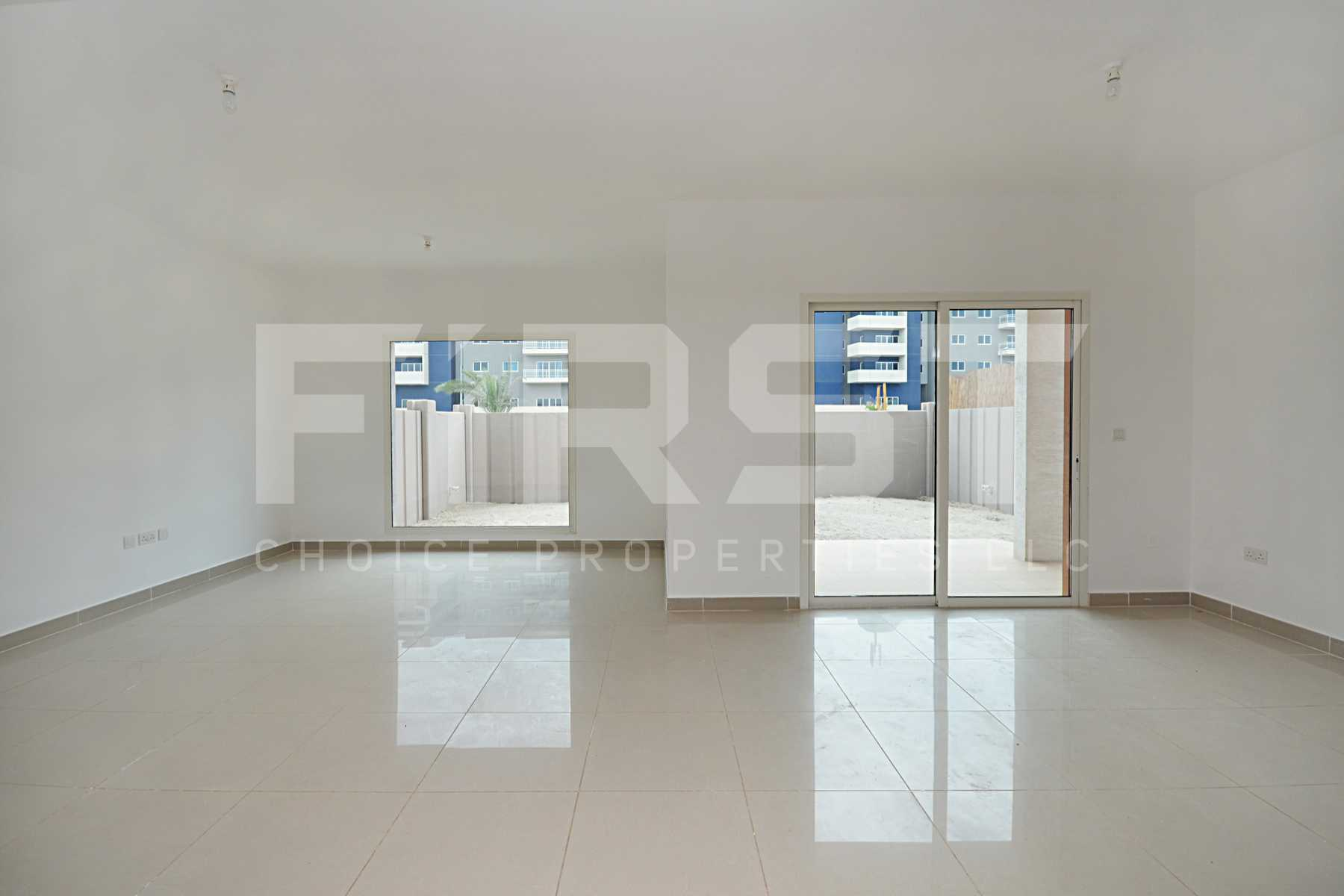 9. Internal Photo of 4 Bedroom Villa in Al Reef Villas Al Reef Abu Dhabi UAE 265.5 sq.m 2858 sq.ft (11).jpg