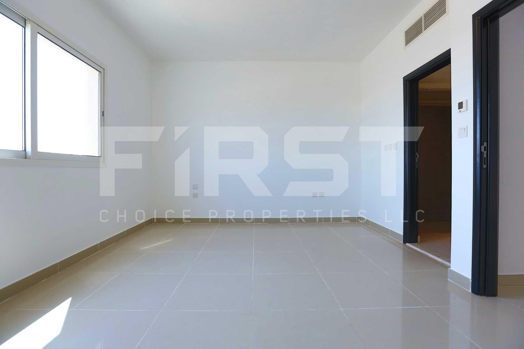 9. Internal Photo of 3 Bedroom Villa in Al Reef Villas Al Reef Abu Dhabi UAE 225.2 sq.m 2424 sq.ft (26).jpg