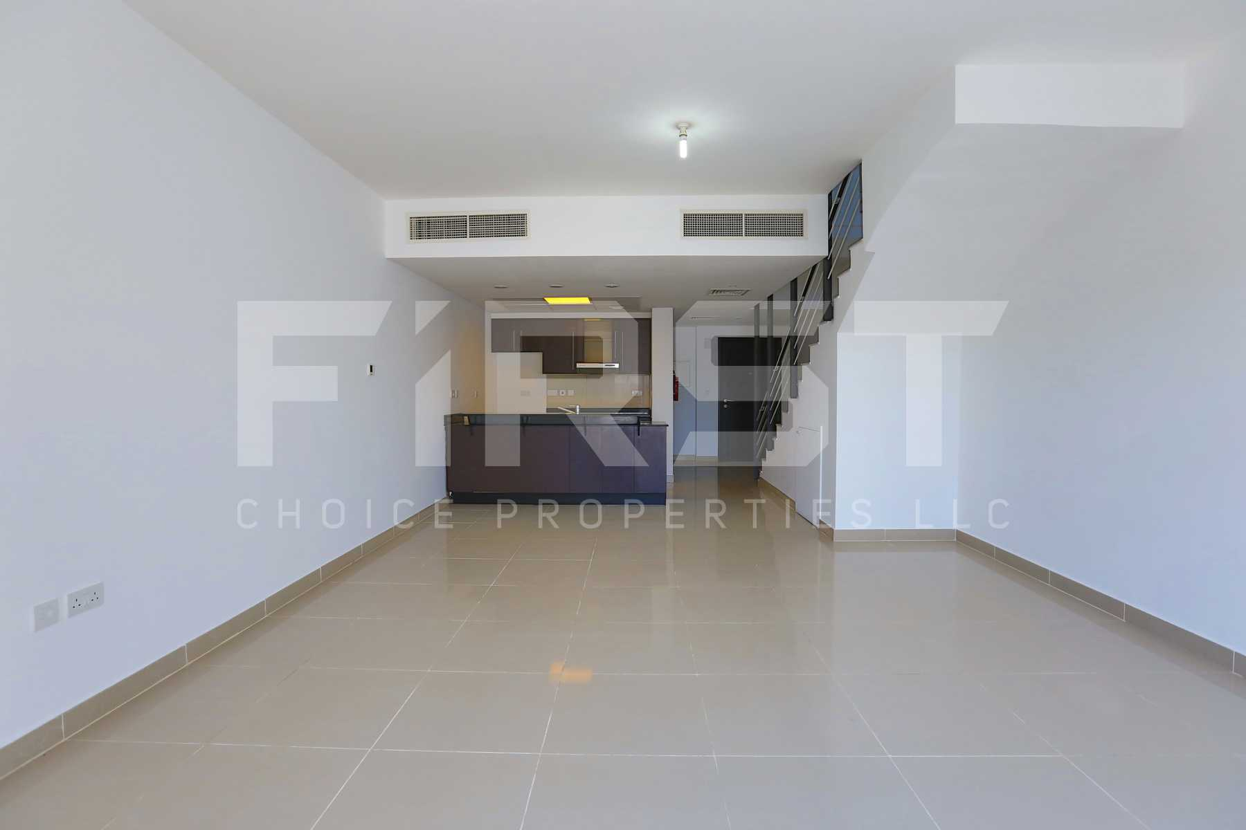 4. Internal Photo of 3 Bedroom Villa in Al Reef Villas Al Reef Abu Dhabi UAE 225.2 sq.m 2424 sq.ft (2).jpg
