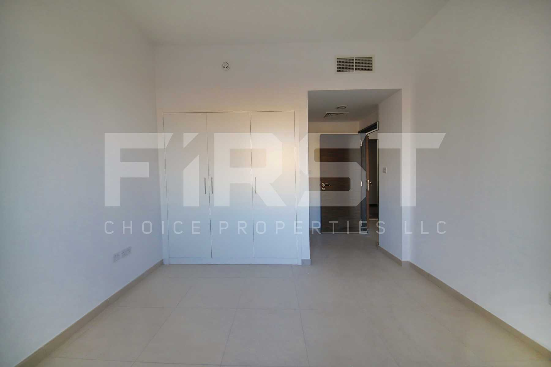 Internal Photo of 1 Bedroom Terraced Apartment in Al Waha Al Ghadeer Abu Dhabi UAE (9).jpg