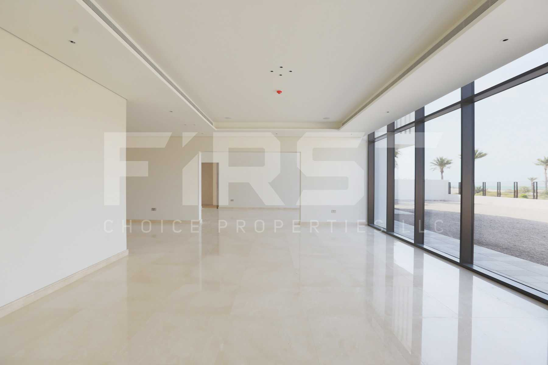Internal Photo of 5 Bedroom Villa in Jawaher Saadiyat Saadiyat Island Abu Dhabi UAE (2).jpg