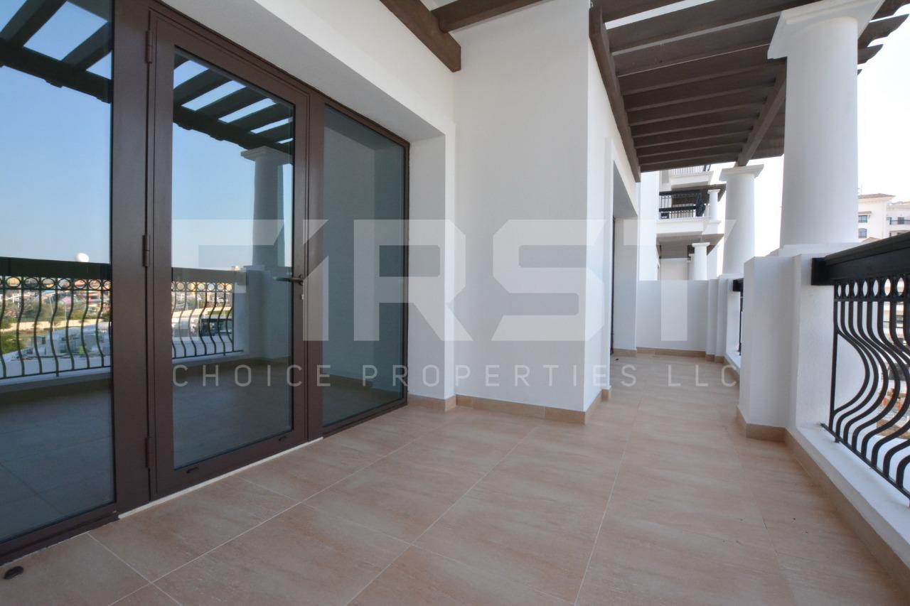 Internal Photo of 3 Bedroom Apartment in Ansam 3 Yas Island (4).jpg