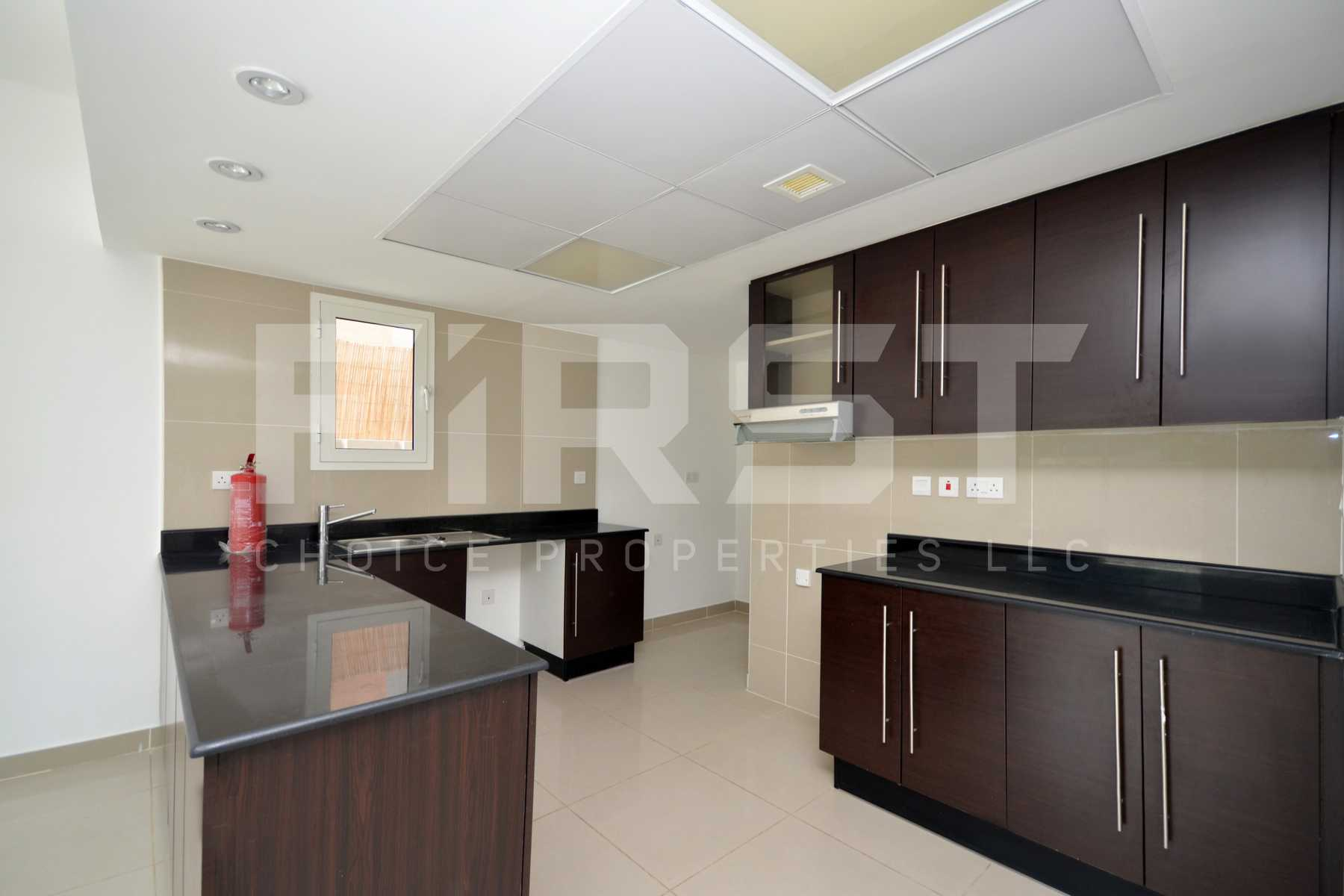 Internal Photo of 4 Bedroom Villa in Al Reef Villas Al Reef Abu Dhabi UAE 265.5 sq.m 2858 sq.ft (7).jpg