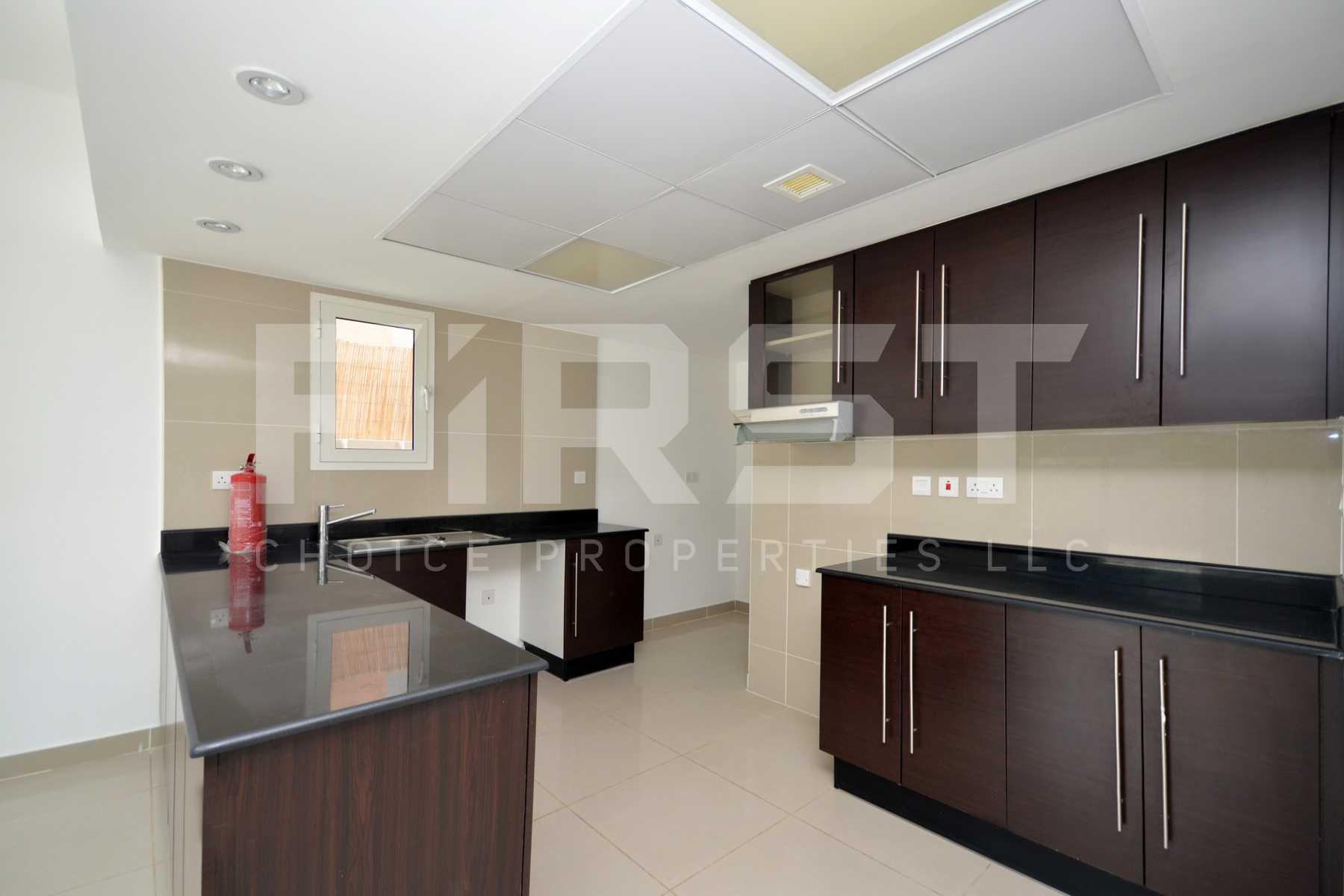 Internal Photo of 4 Bedroom Villa in Al Reef Villas Al Reef Abu Dhabi UAE 265.5 sq.m 2858 sq.ft (7).jpg