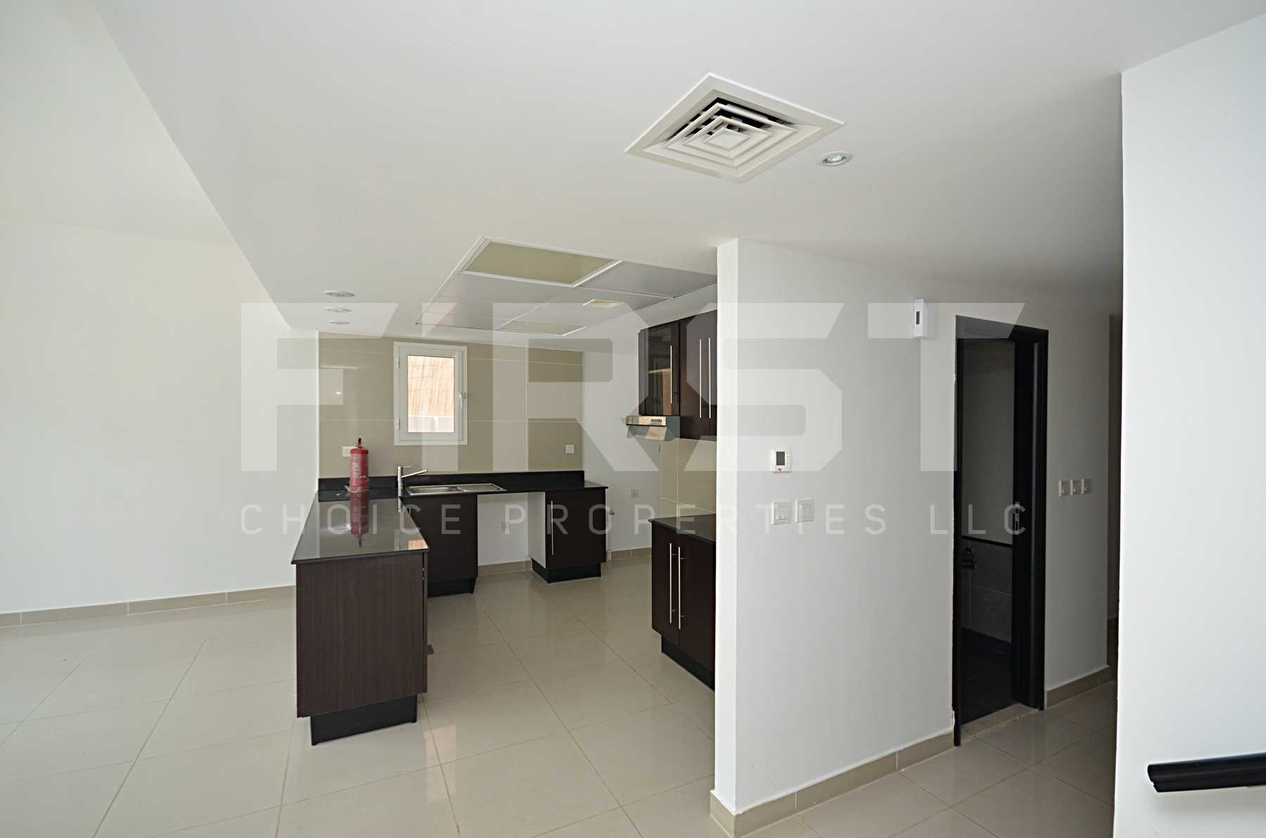 Internal Photo of 4 Bedroom Villa in Al Reef Villas Al Reef Abu Dhabi UAE 265.5 sq.m 2858 sq.ft (43).jpg