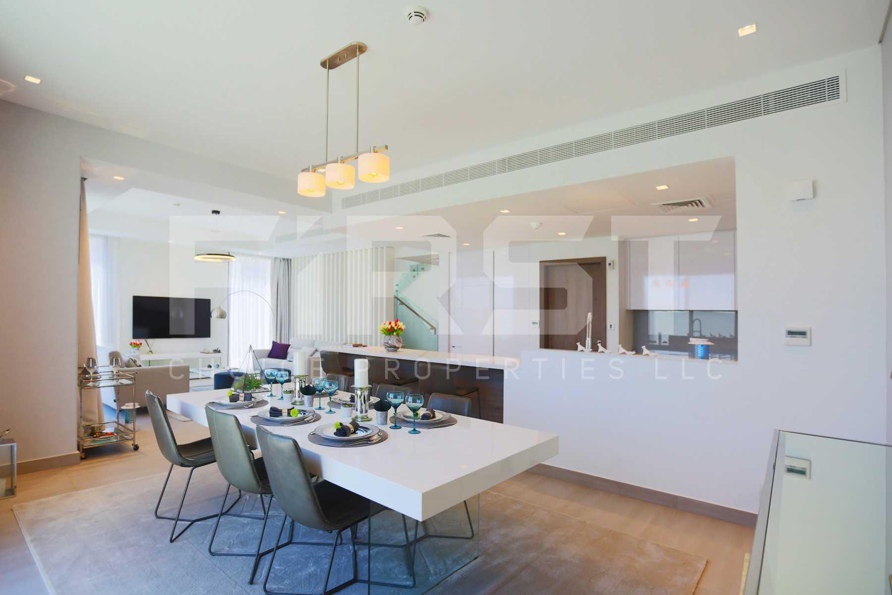 Internal Photo of 3 Bedroom Townhouse Type 3EA in Yas Acres Yas Island Abu Dhabi UAE (10).jpg