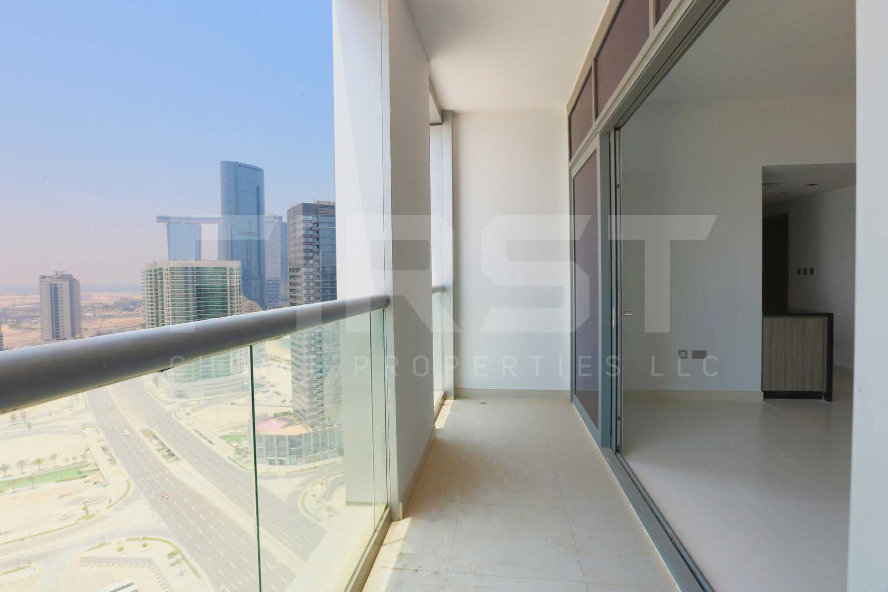 Internal Photo of 3 Bedroom Apartment in Meera Shams Al Reem Island Abu Dhabi UAE (10).jpg