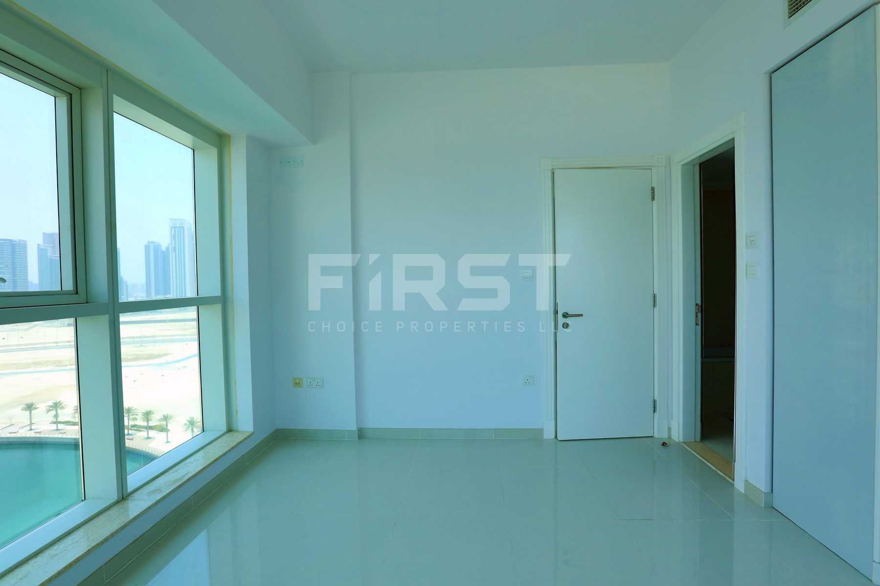 Internal Photo of 2 Bedroom Apartment in Marina bay by Damac Najmat Abu Dhabi Al Reem Island Abu Dhabi UAE (17).jpg