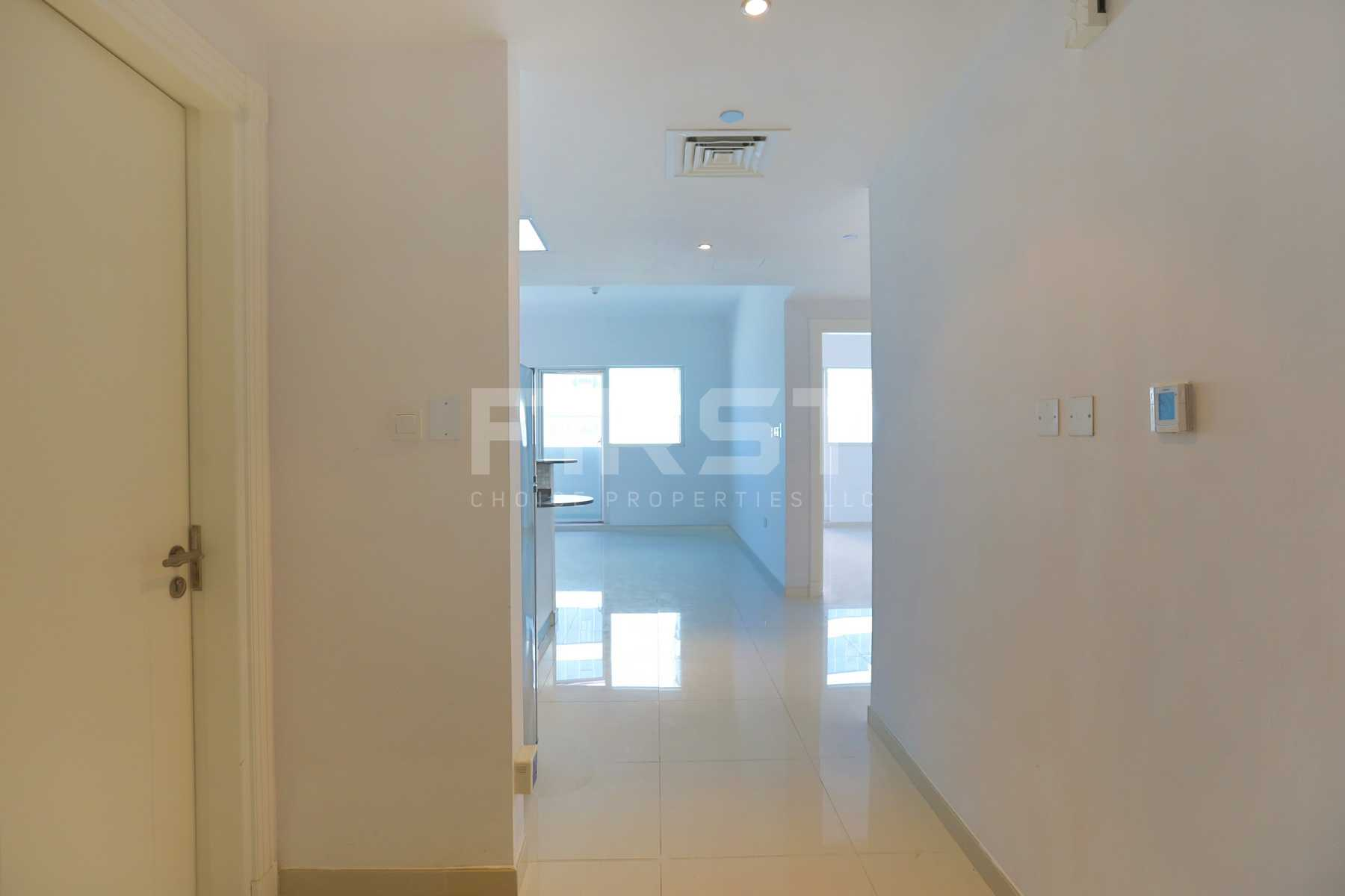 Internal Photo of 1 Bedroom Apartment in Marina bay by Damac Najmat Abu Dhabi Al Reem Island Abu Dhabi UAE (2).jpg