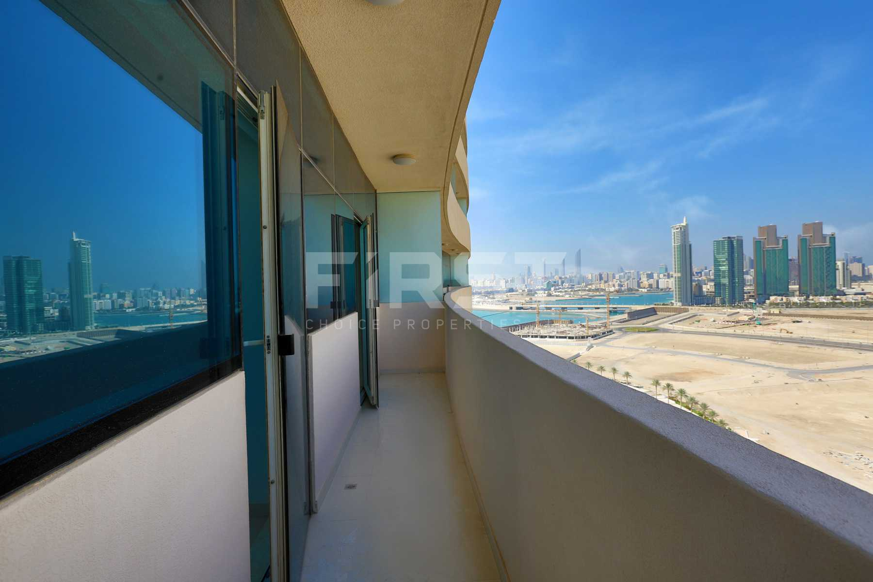 Internal Photo of 1 Bedroom Apartment in Marina bay by Damac Najmat Abu Dhabi Al Reem Island Abu Dhabi UAE (16).jpg