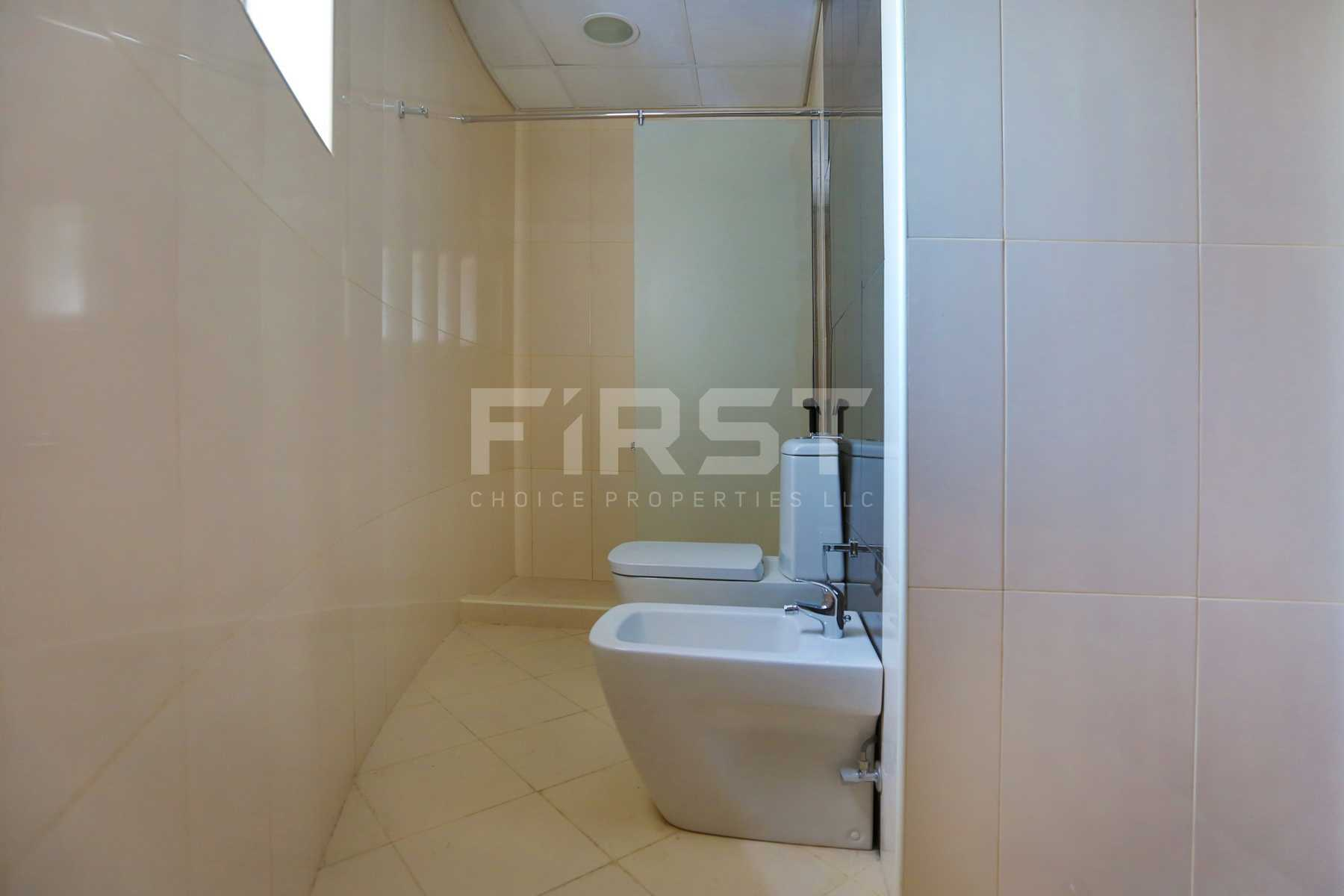 Internal Photo of 1 Bedroom Apartment in Hydra Avenue City of Lights Al Reem Island Abu Dhabi UAE (7).jpg