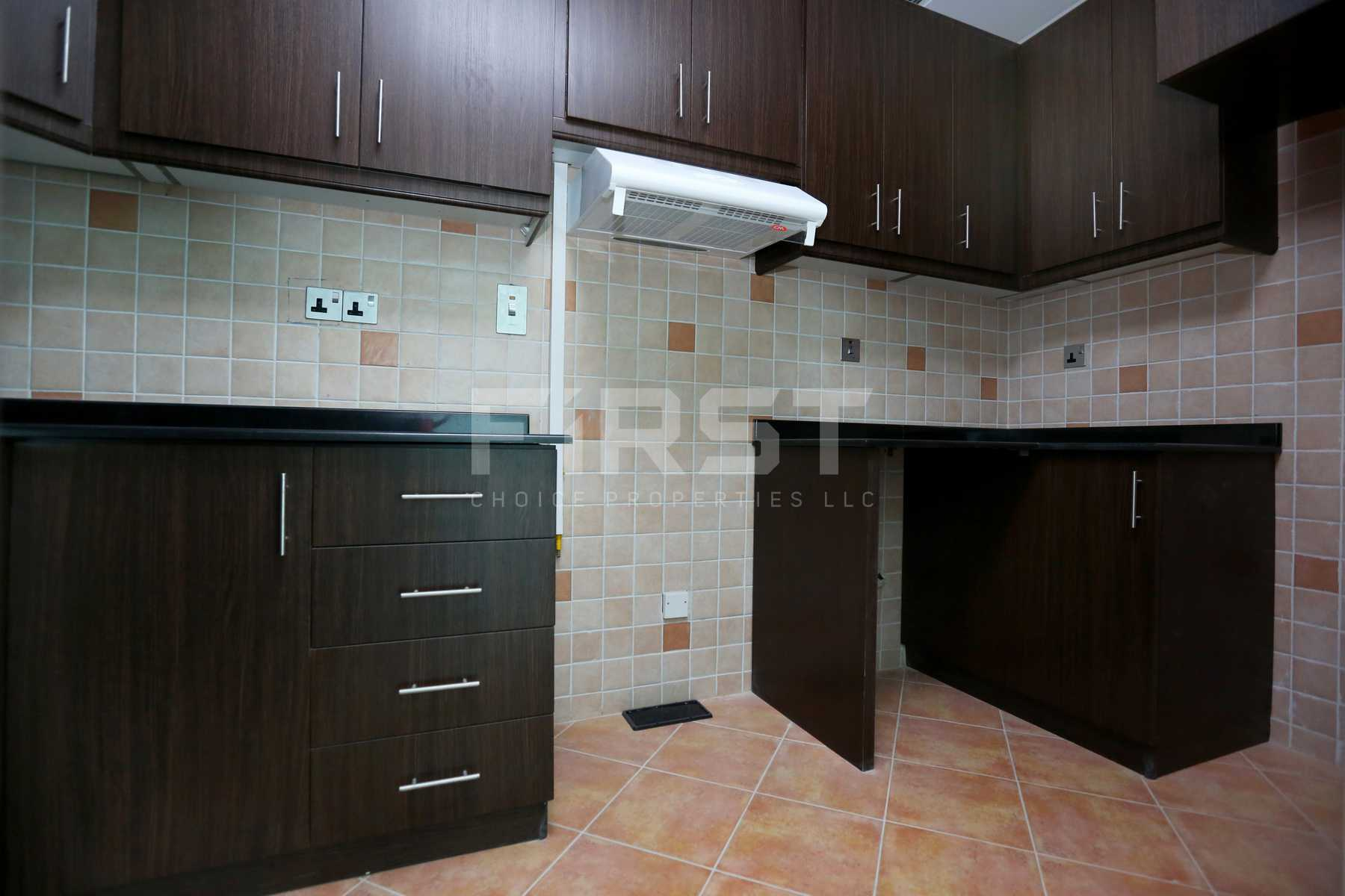 Internal Photo of 1 Bedroom Apartment in Hydra Avenue City of Lights Al Reem Island Abu Dhabi UAE (9).jpg
