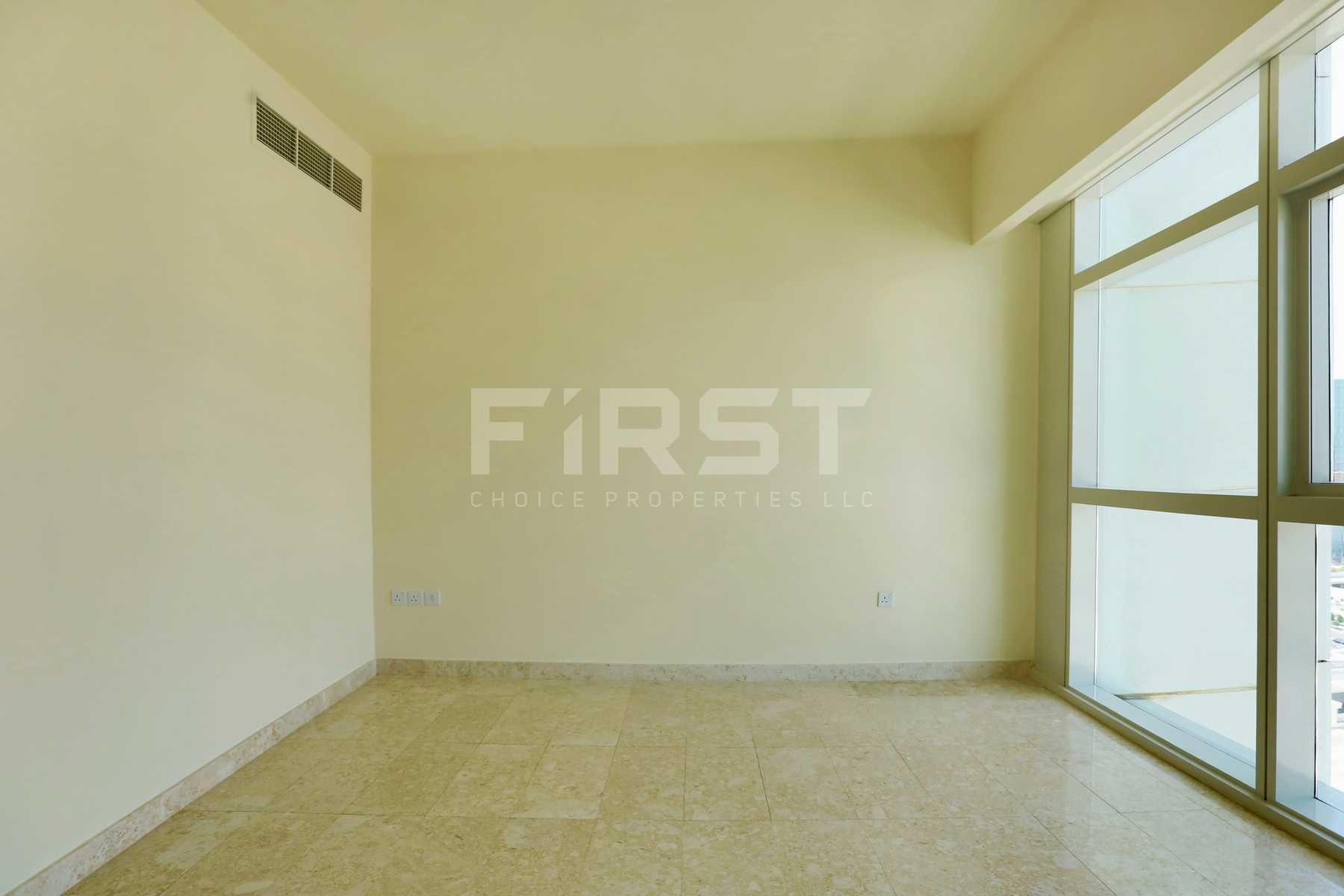 Internal Photo of 1 Bedroom Apartment in Ocean Terrace Marina Square Al Reem Island Abu Dhabi UAE (23).jpg
