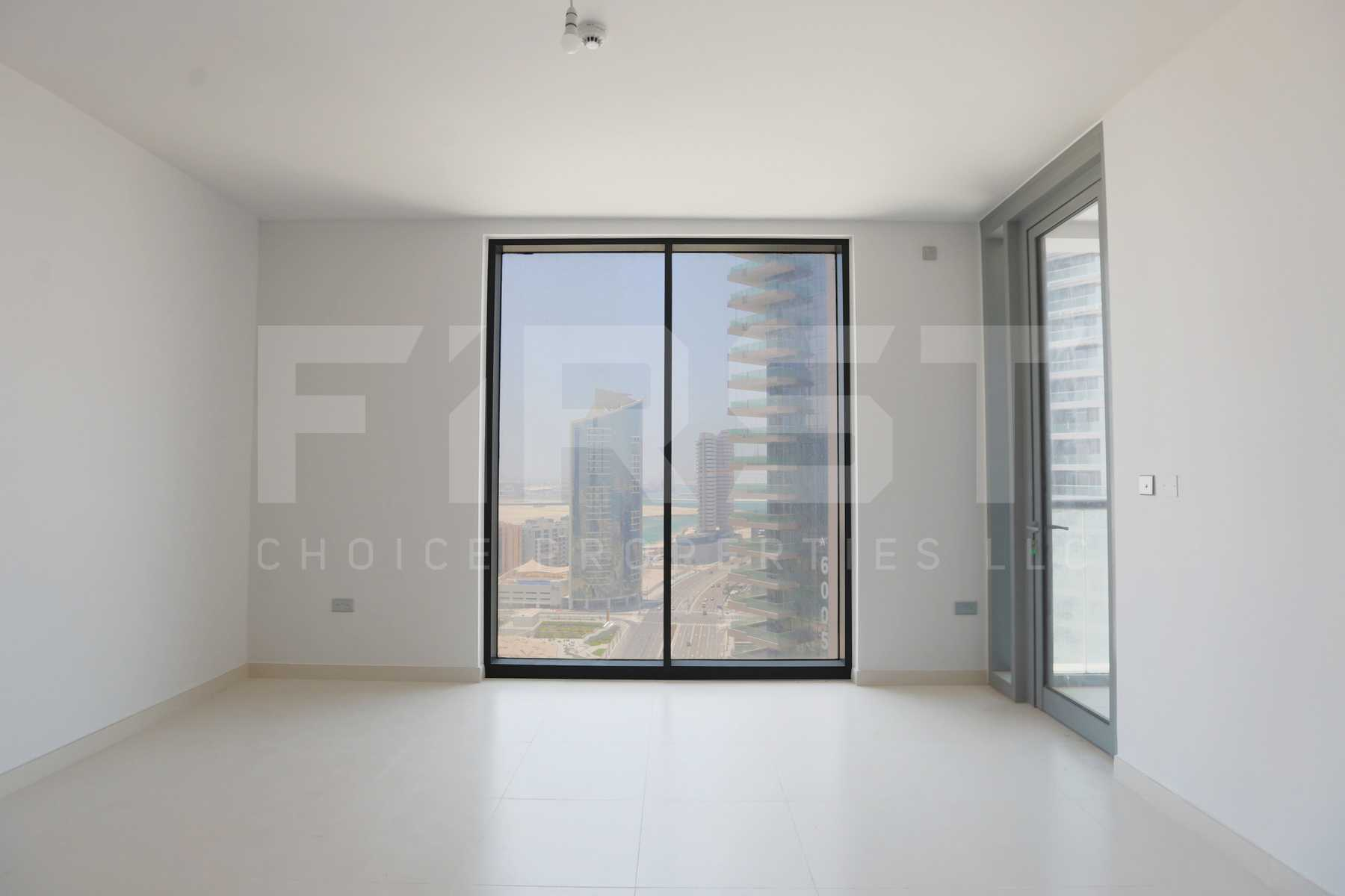 Internal Photo of 1 Bedroom Apartment in Meera Shams Al Reem Island Abu Dhabi UAE (7).jpg