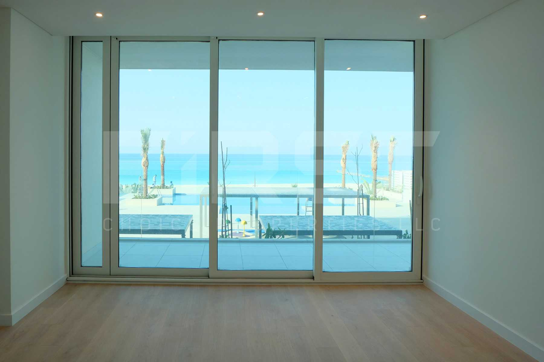 Internal Photo of 2 Bedroom Apartment in Mamsha Al Saadiyat Abu Dhabi UAE (30).jpg