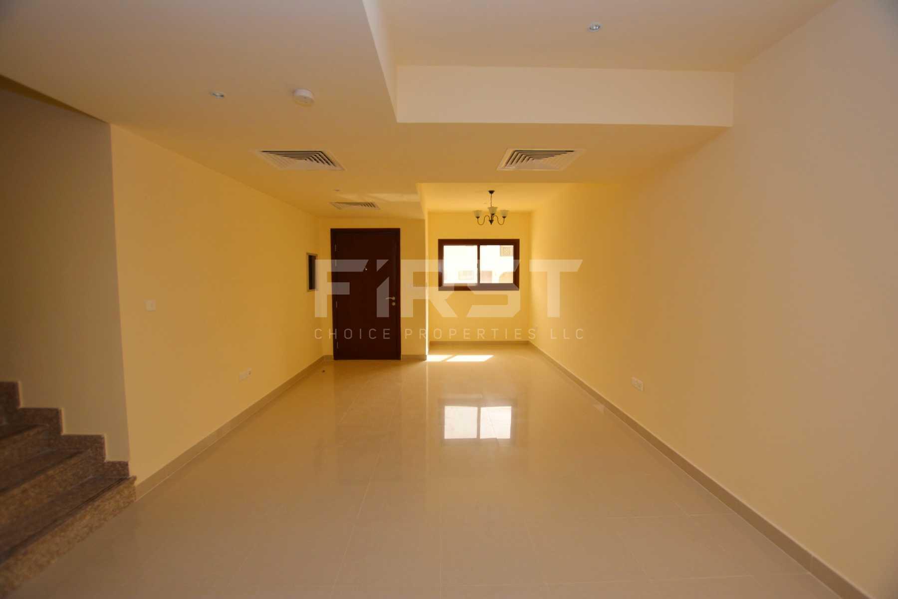 Internal Photo of 3 Bedroom Villa in Hydra Village Abu Dhabi UAE (1).jpg