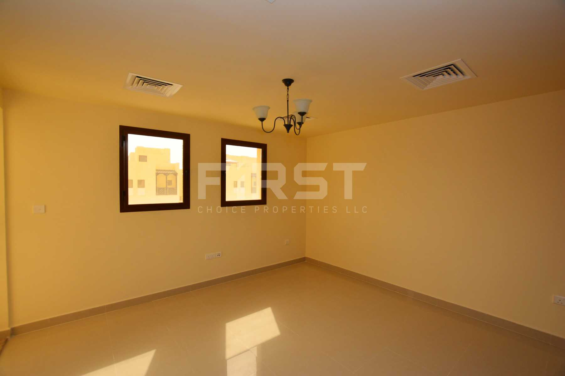 Internal Photo of 3 Bedroom Villa in Hydra Village Abu Dhabi UAE (23).jpg