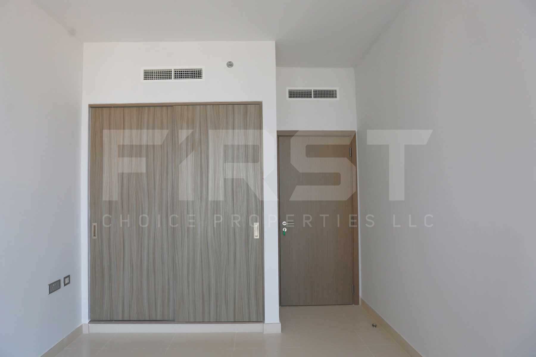 Internal Photo of 1 Bedroom Apartment in Meera Shams Al Reem Island Abu Dhabi UAE (4).jpg