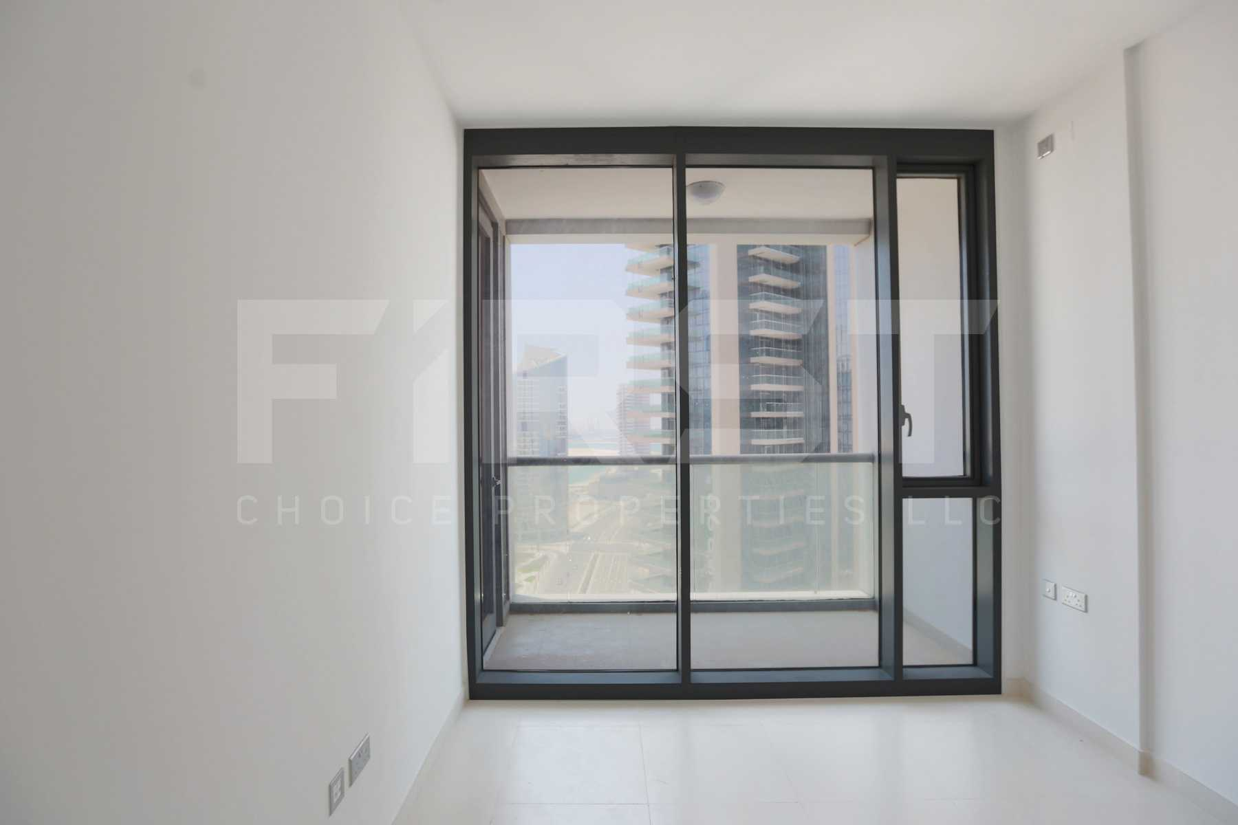Internal Photo of 1 Bedroom Apartment in Meera Shams Al Reem Island Abu Dhabi UAE (6).jpg