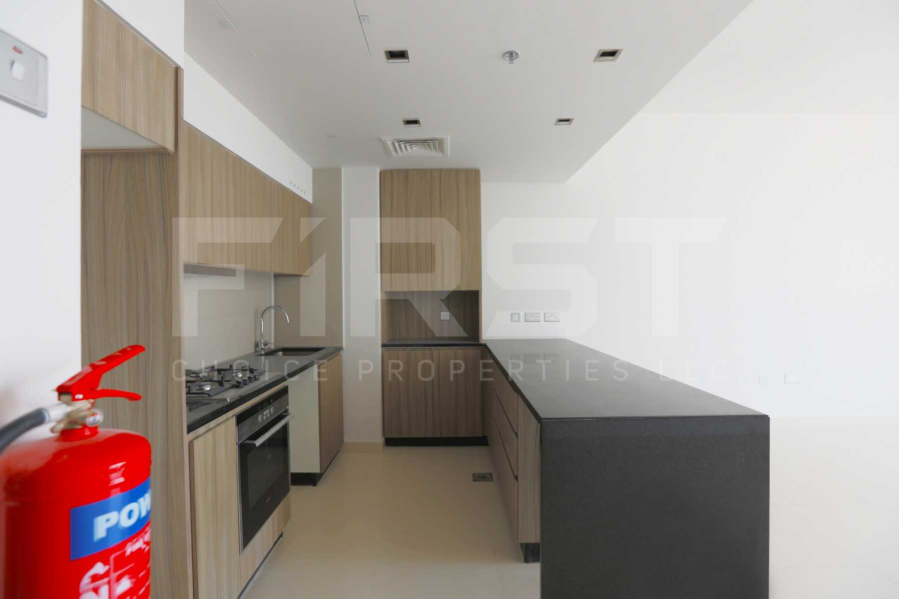 Internal Photo of 1 Bedroom Apartment in Meera Shams Al Reem Island Abu Dhabi UAE (10).jpg