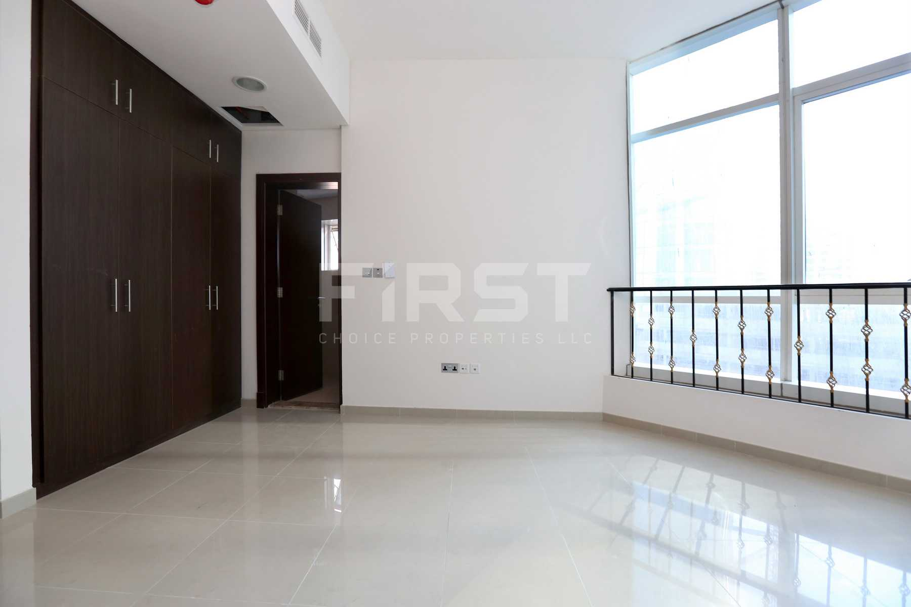 Internal Photo of 2 Bedroom Apartment in Hydra Avenue City of Lights Al Reem Island Abu Dhabi UAE (9).jpg