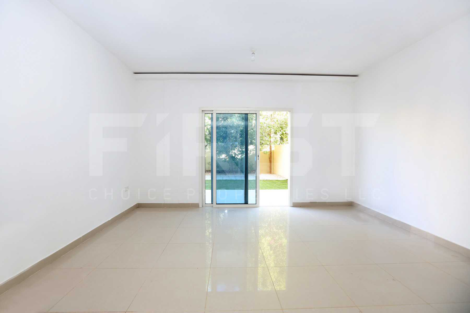 Internal Photo of 2 Bedroom Villa in Al Reef Villas  Al Reef Abu Dhabi UAE 170.2 sq.m 1832 sq.ft (6).jpg