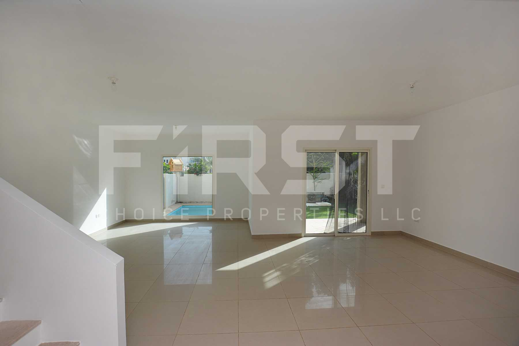 Internal Photo of 5 Bedroom Villa in Al Reef Villas 348.3 sq.m 3749 sq.ft (72).jpg