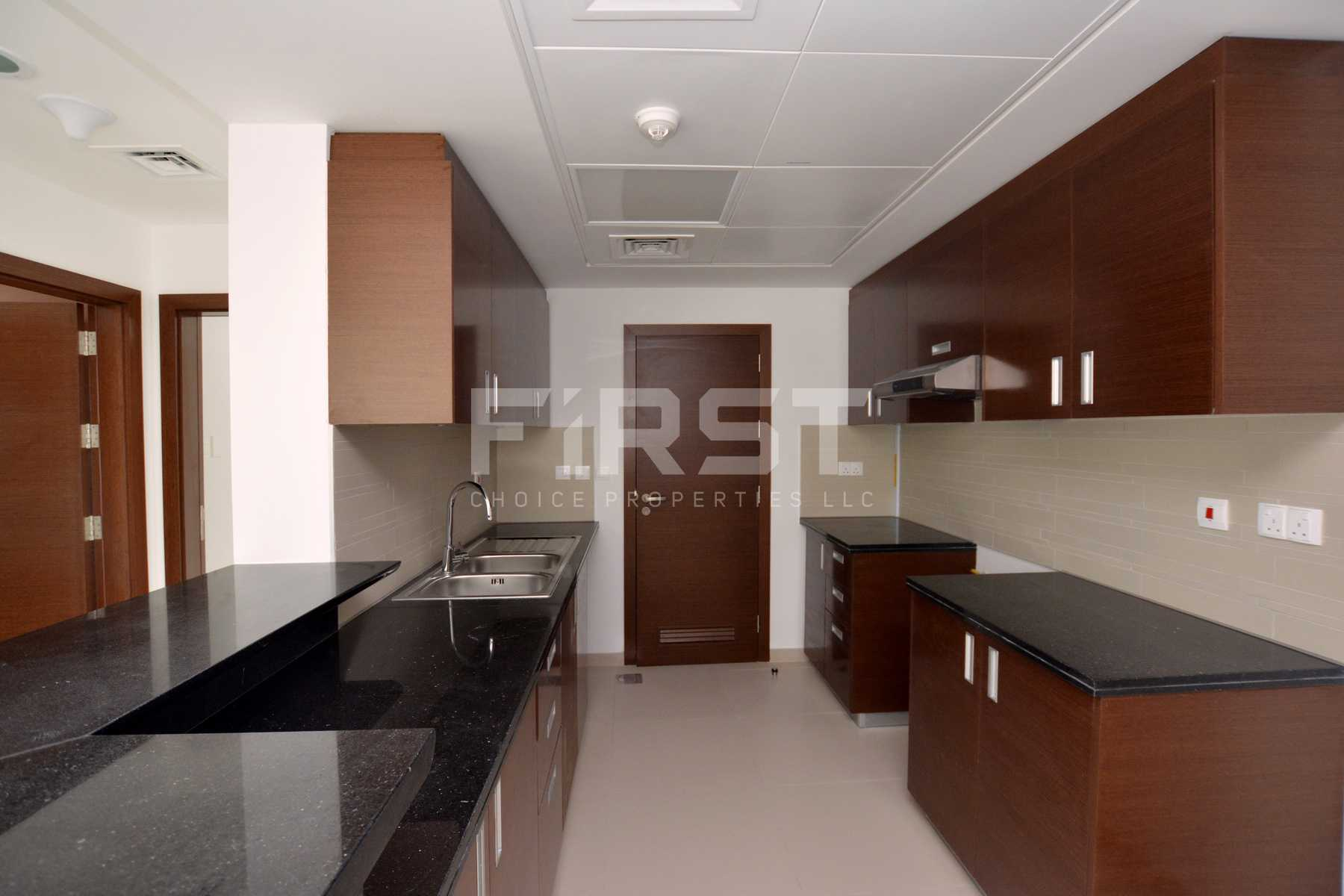 Internal Photo of 2+1 Bedroom Apartment in The Gate Tower Shams Abu Dhabi Al Reem Island Abu Dhabi UAE (9).jpg