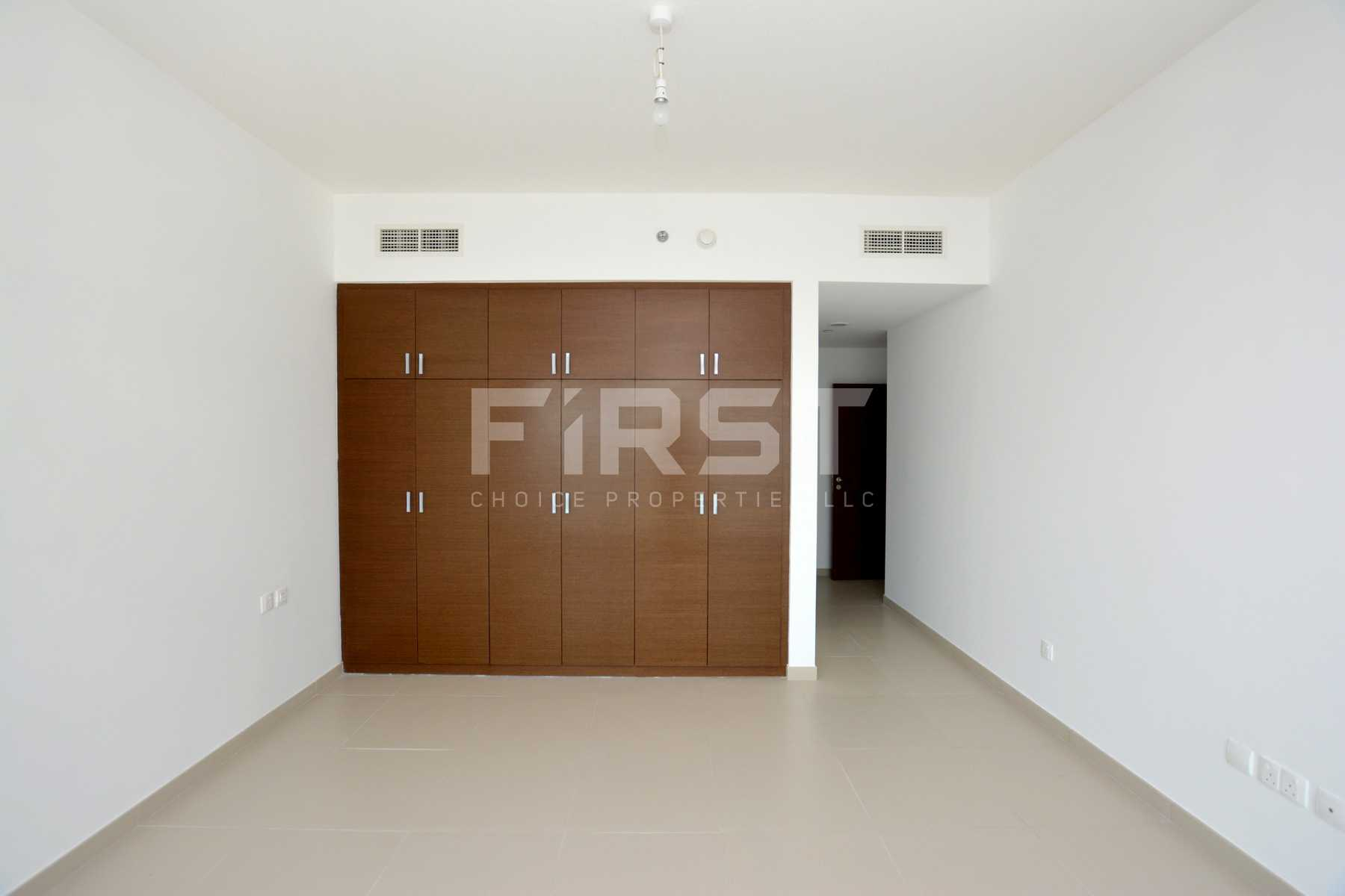 Internal Photo of 2+1 Bedroom Apartment in The Gate Tower Shams Abu Dhabi Al Reem Island Abu Dhabi UAE (20).jpg