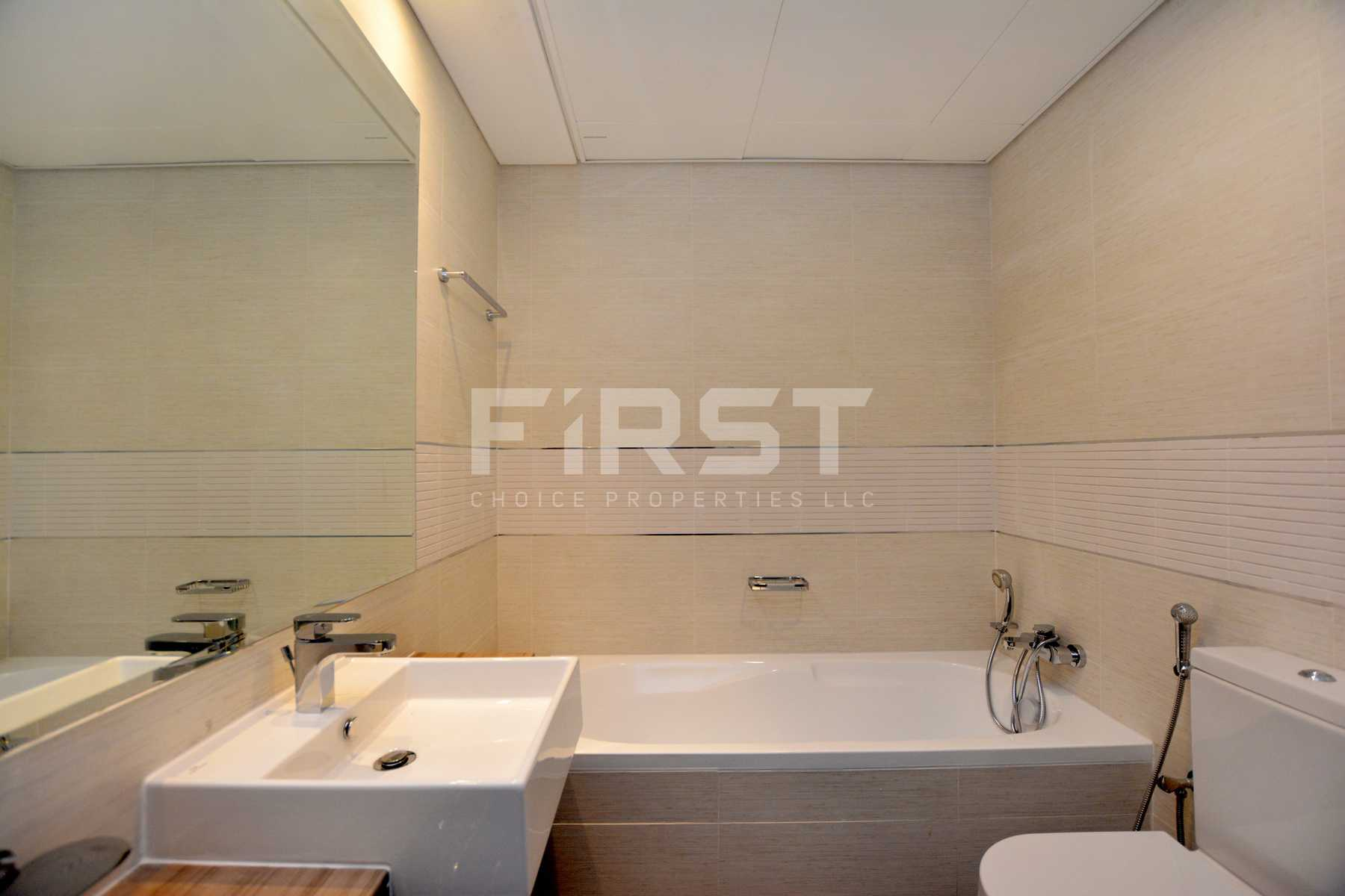 Internal Photo of 2+1 Bedroom Apartment in The Gate Tower Shams Abu Dhabi Al Reem Island Abu Dhabi UAE (27).jpg