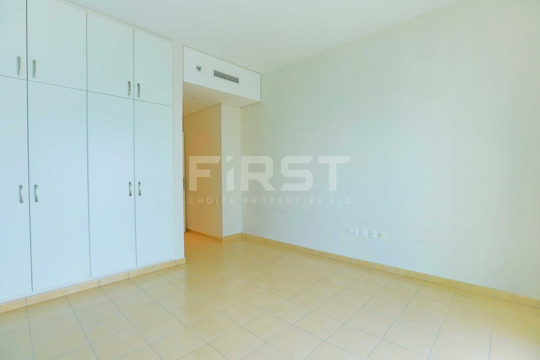 Internal Photo of 2 Bedroom Apartment in Amaya Towers Shams Abu Dhabi Al Reem Island Abu Dhabi UAE (25).jpg