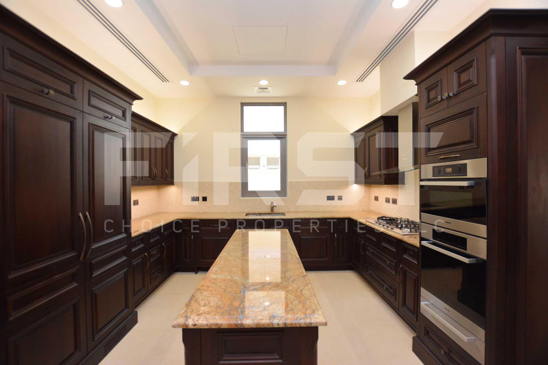 Internal Photo of Delux 5 Bedroom Villa in Saadiyat Beach Villas Saadiyat Island Abu Dhabi UAE (15).jpg