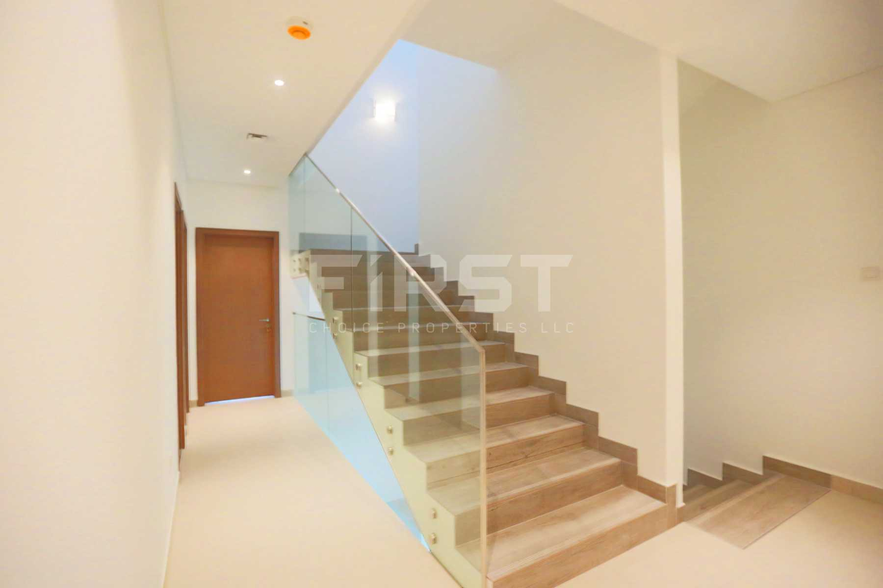 Internal Photo of 5 Bedroom Villa in Faya at Bloom Gardens Al Salam Street Abu Dhabi UAE (12).jpg