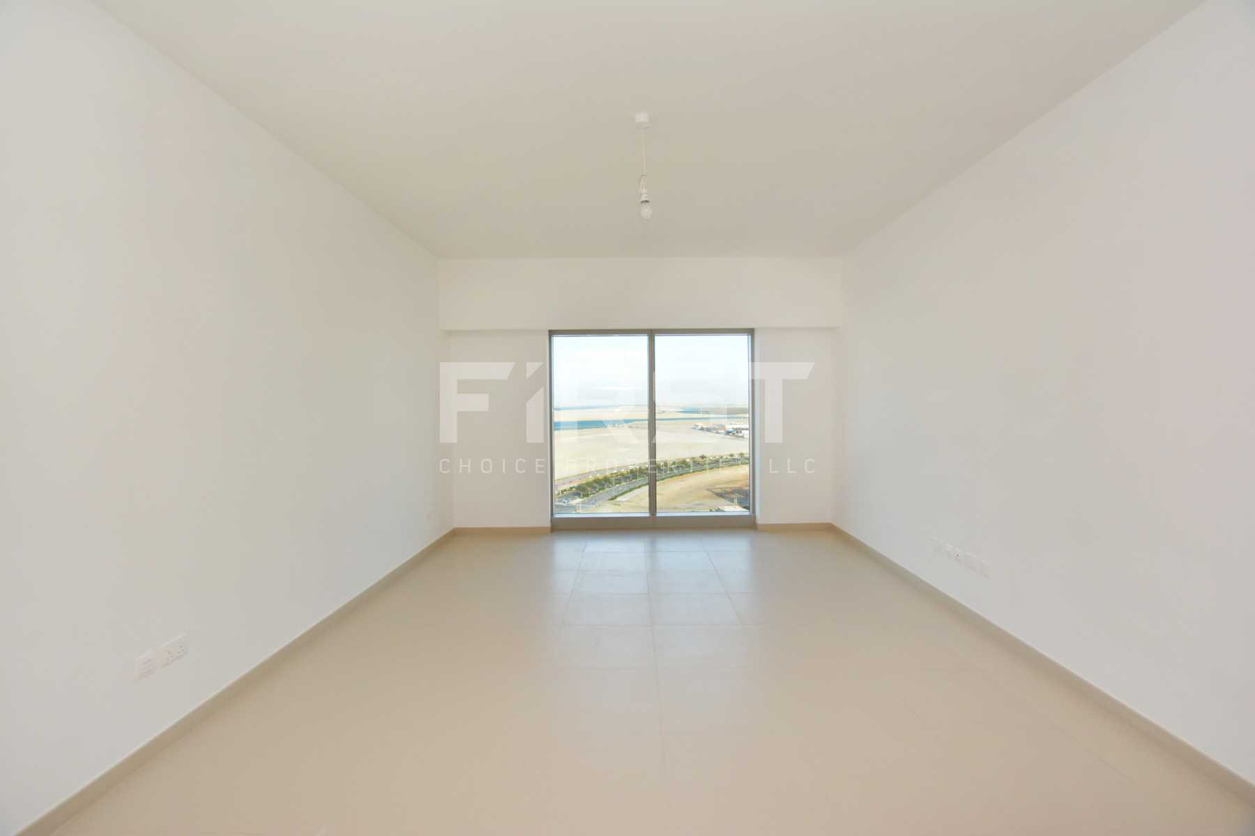 Internal Photo of 1 Bedroom Apartment in The Gate Tower Shams Abu Dhabi Al Reem Island Abu Dhabi UAE (7).jpg