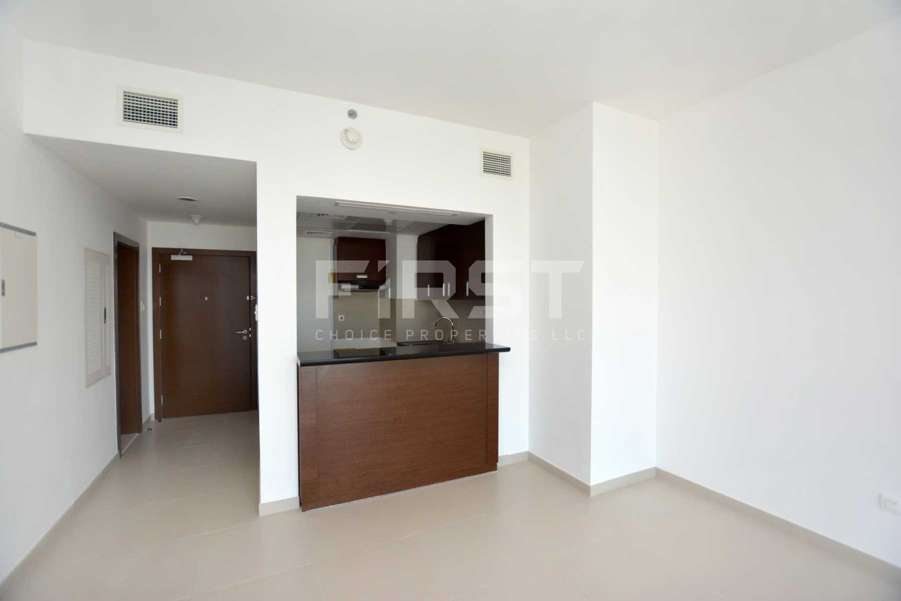 Internal Photo of 1 Bedroom Apartment in The Gate Tower Shams Abu Dhabi Al Reem Island Abu Dhabi UAE (11).jpg