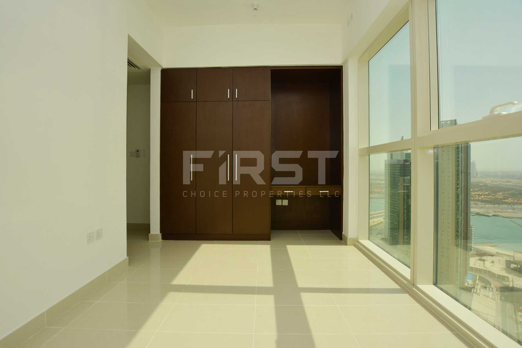 Internal Photo of 1 Bedroom Apartment in Al Maha Tower Marina Square Al Reem Island Abu Dhabi UAE (20).jpg