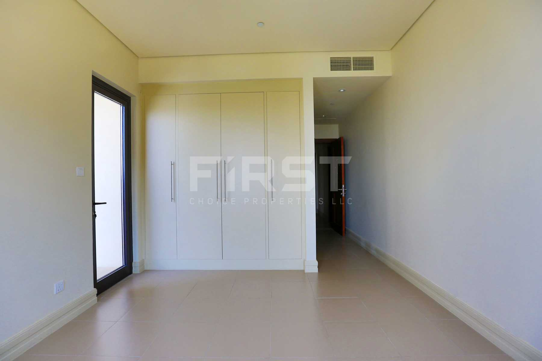 Internal Photo of 3 Bedroom Apartment on Saadiyat Beach Residences Saadiyat Island Abu Dhabi UAE (83).jpg