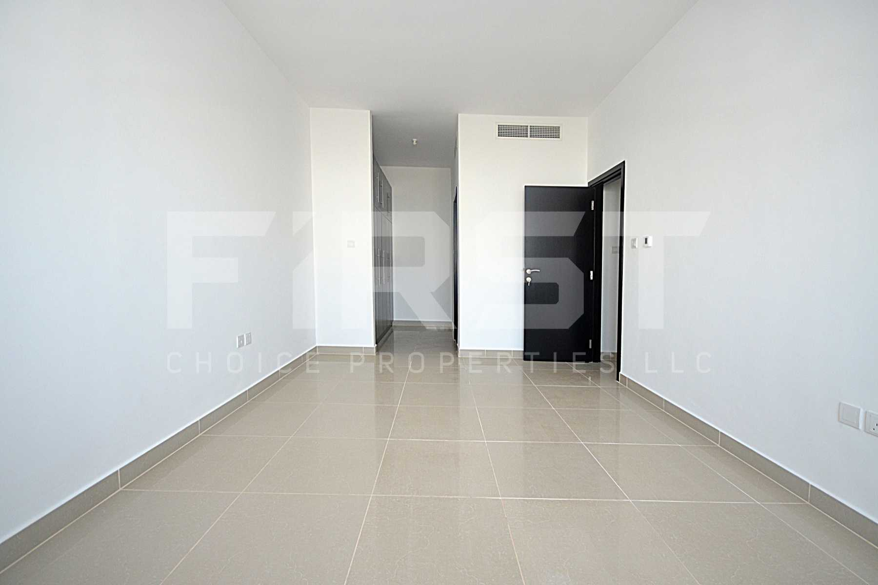 Internal Photo of 3 Bedroom Apartment Closed Kitchen in Al Reef Downtown Al Reef Abu Dhabi UAE (16).jpg