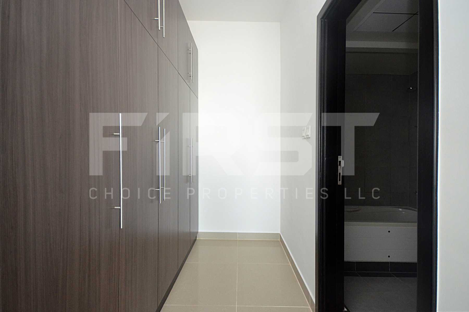 Internal Photo of 3 Bedroom Apartment Closed Kitchen in Al Reef Downtown Al Reef Abu Dhabi UAE (17).jpg