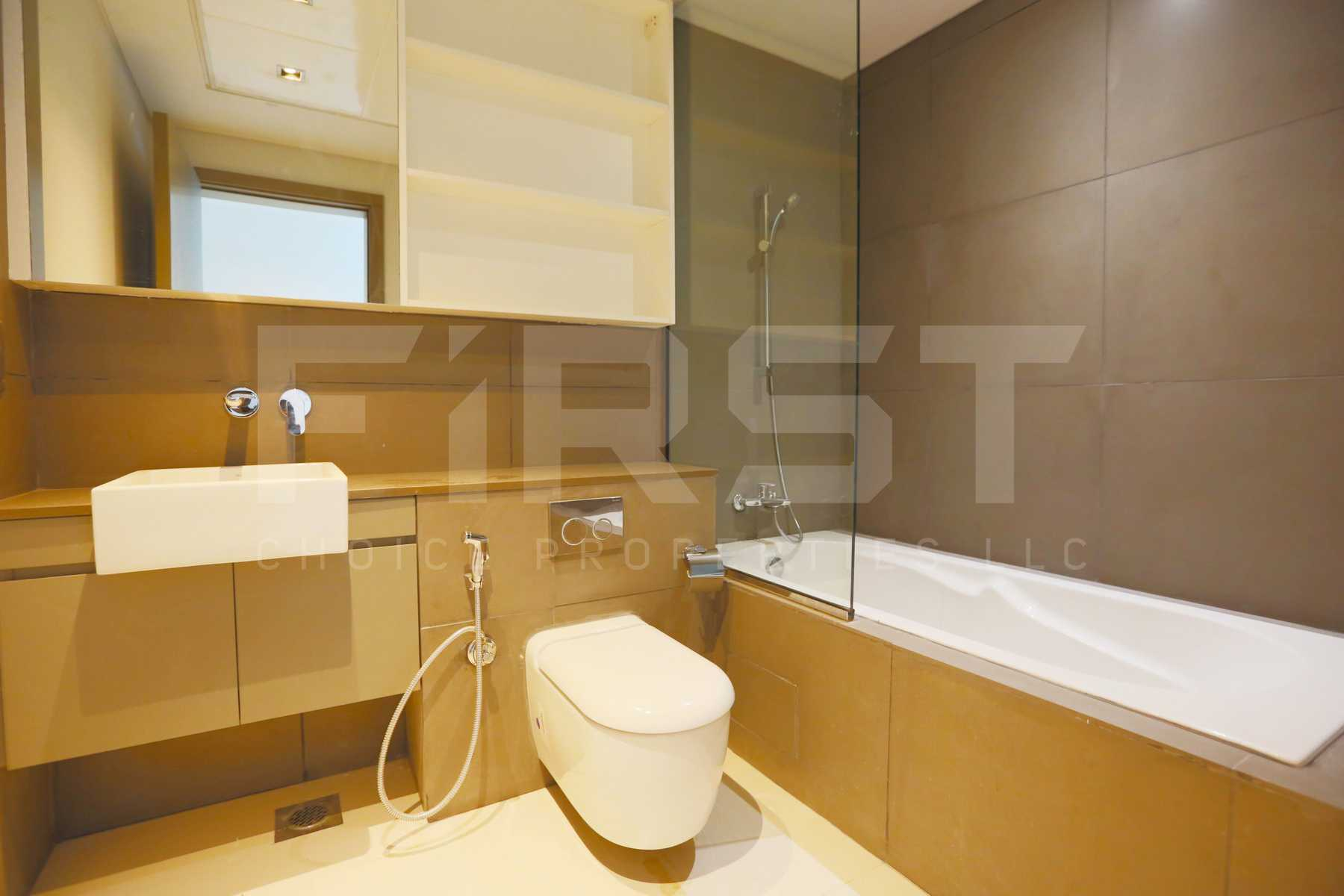 Internal Photo of 3 Bedroom Apartment in Meera Shams Al Reem Island Abu Dhabi UAE (7).jpg