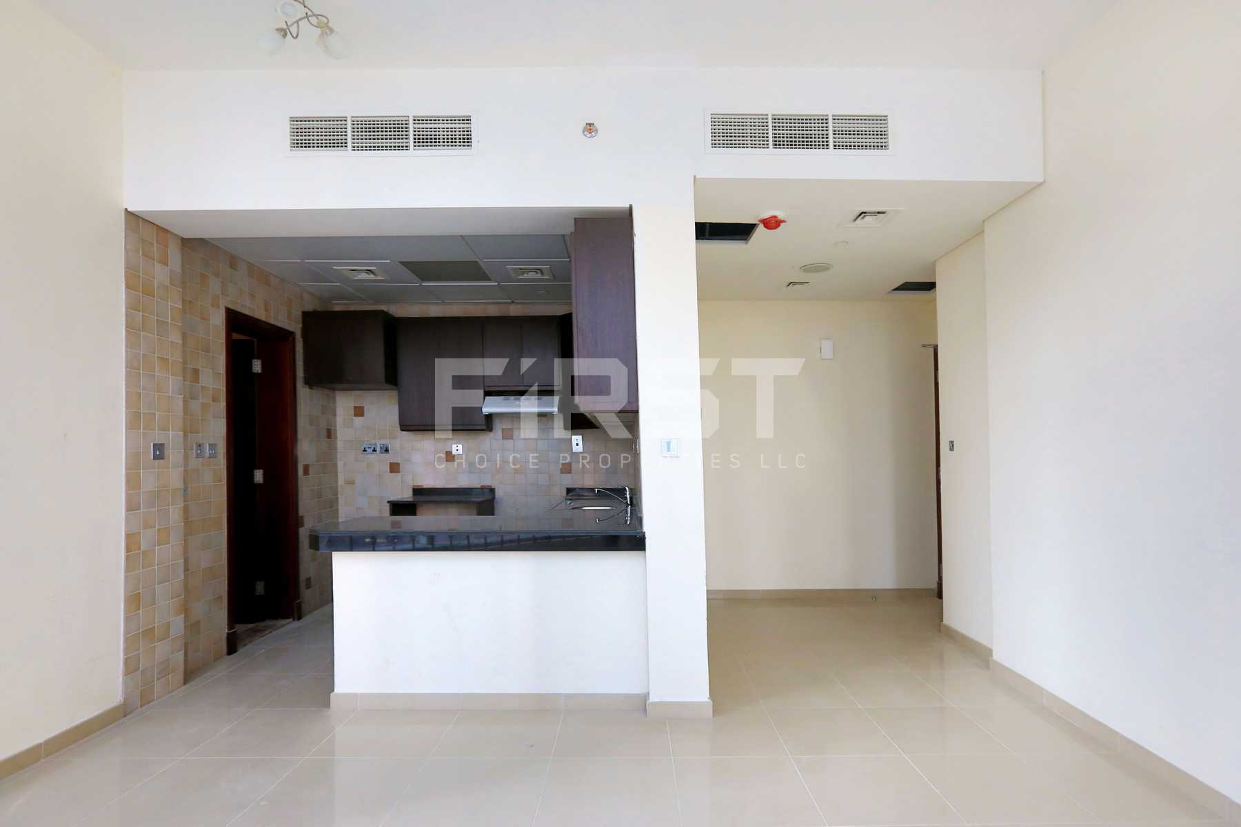 Internal Photo of Studio Apartment in Hydra Avenue City of Lights Al Reem Island Abu Dhabi UAE  (8).jpg
